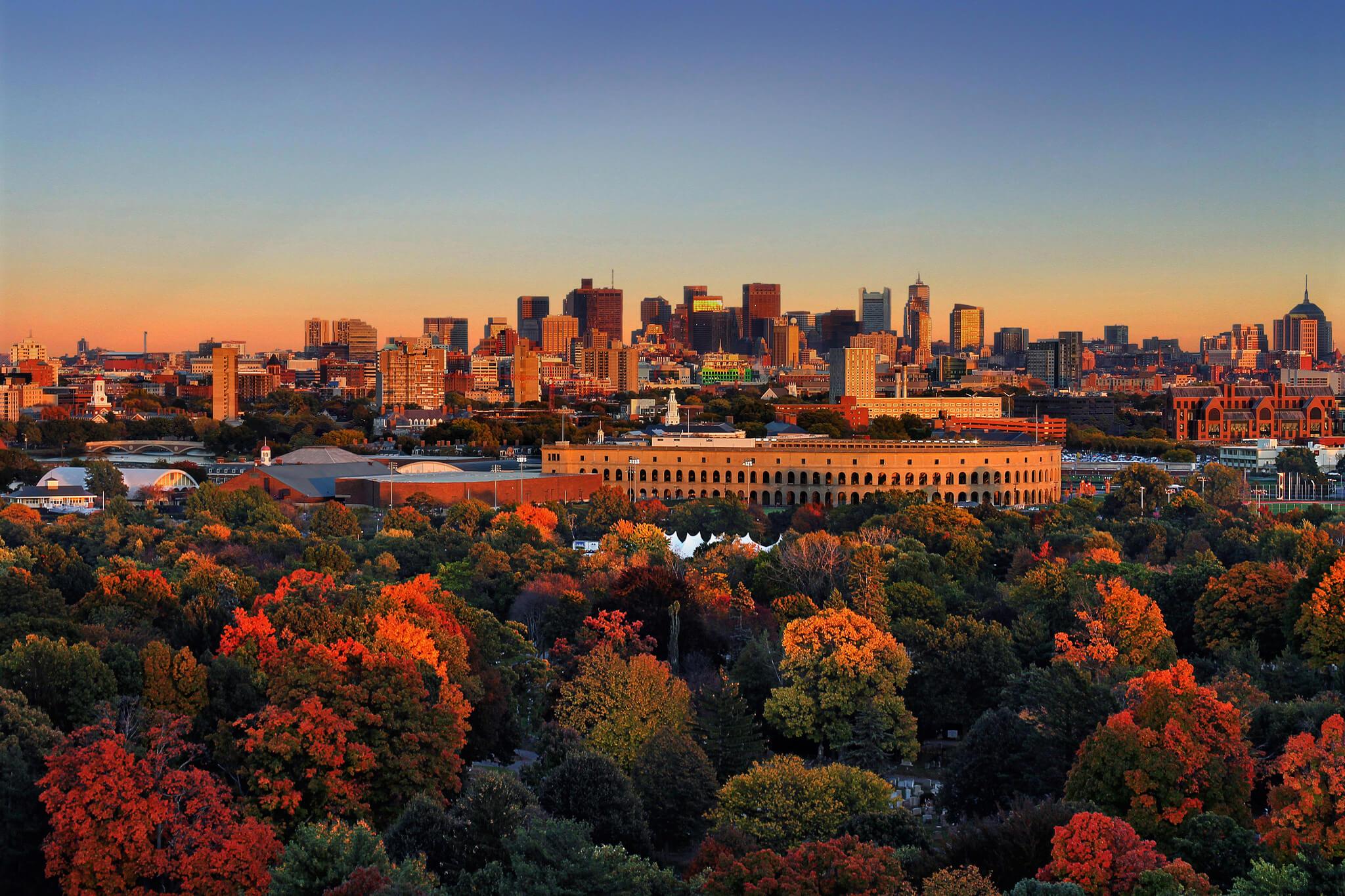 Autumn in Boston, Massachusetts Source:  Flickr  - Xynn Tii