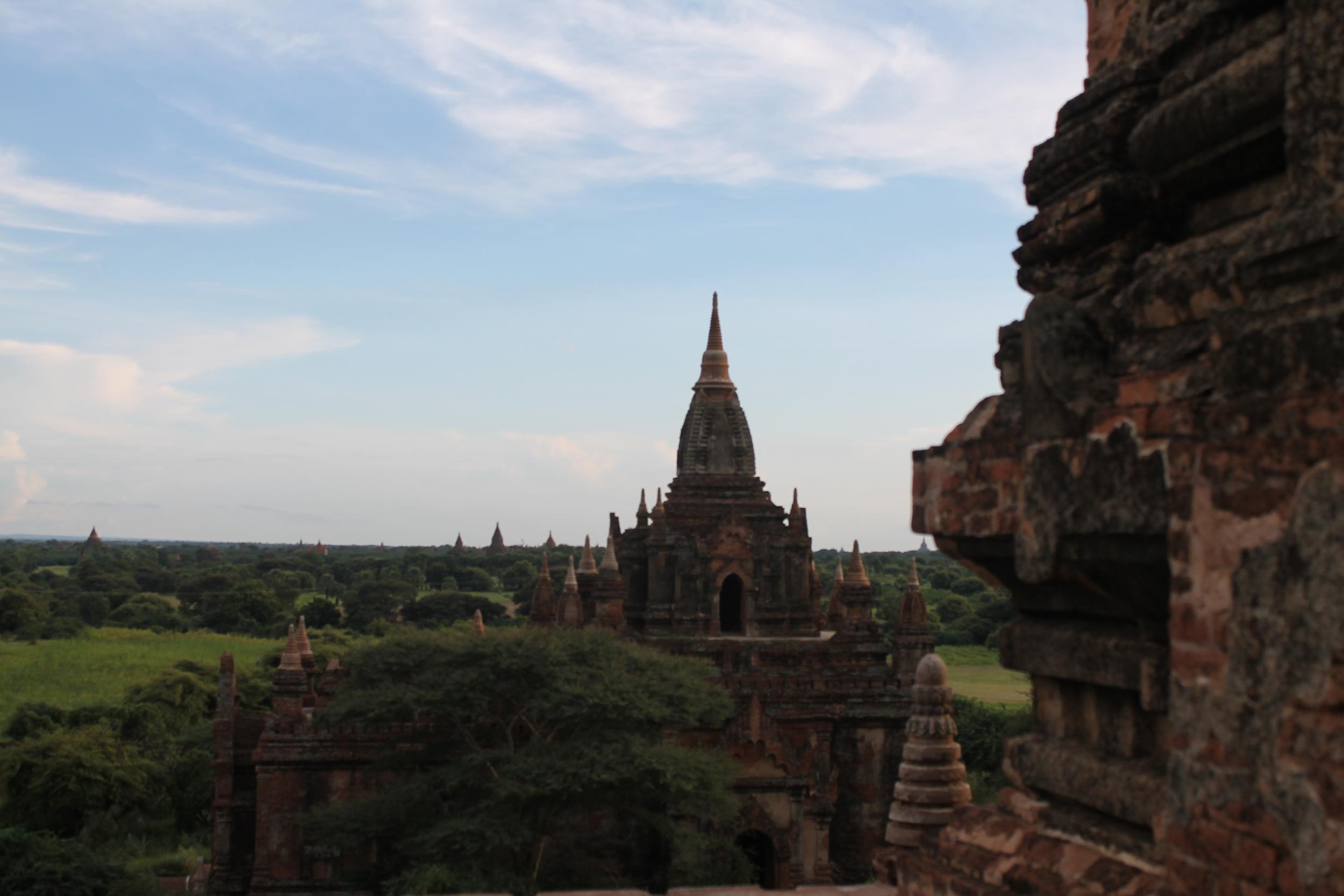 Dusk sets in over Bagan