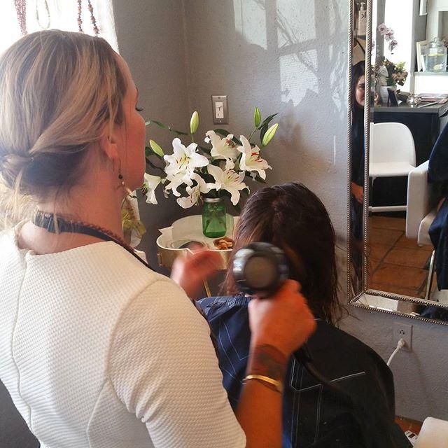 Workin it 💛💛 hair #makeup #makeupartist #photoshoot #creative #hairandmua #hairstyle #wild #editorial #lookbook #photography #love #instagood #santafe #landofenchantment #beauty #newmexico #thebeautybarsantafe