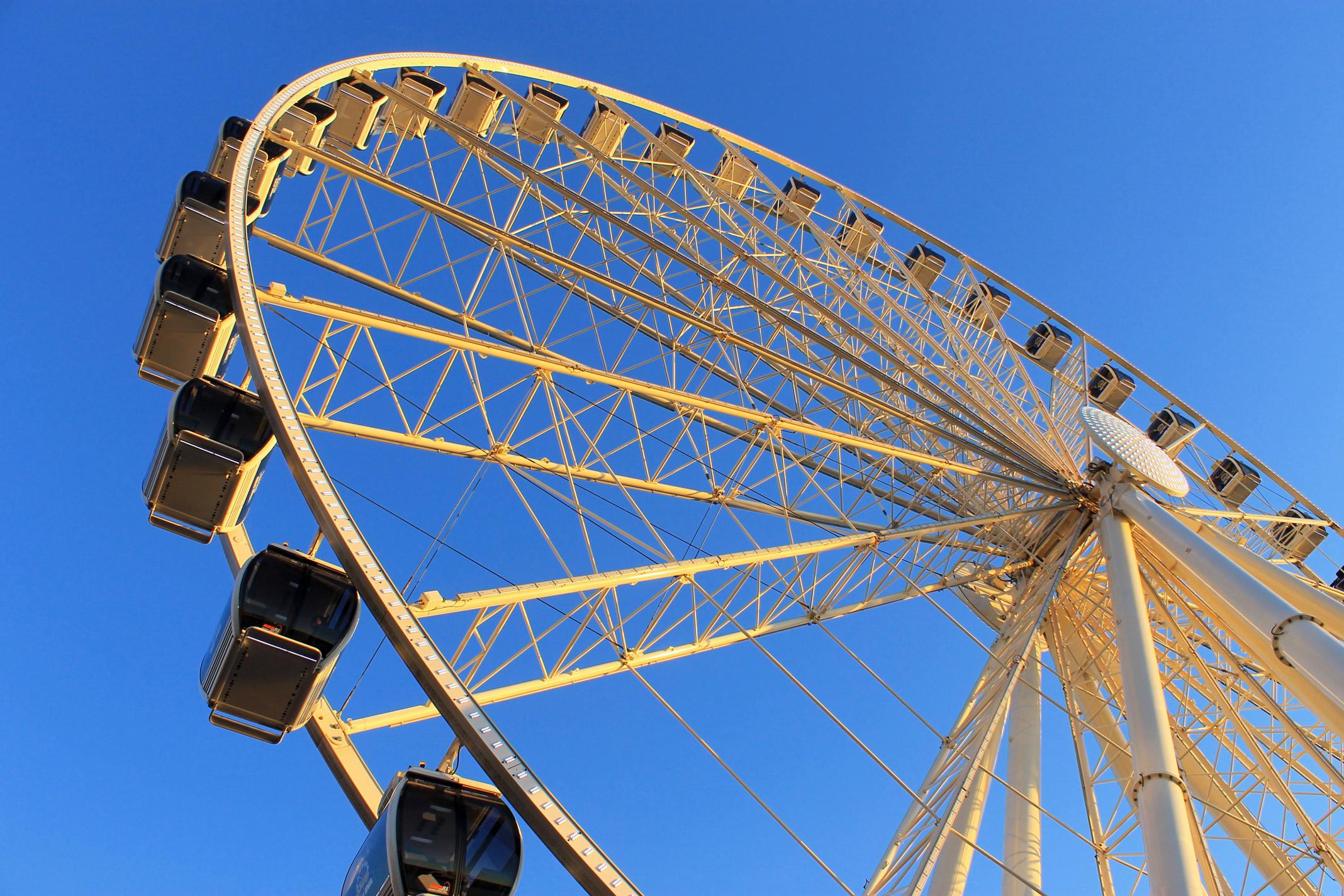 Seattle-Ferris-Wheel.jpg