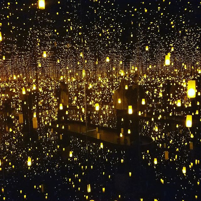 Aftermath of Obliteration of Eternity #yayoikusama #infinitymirrors #hirshhorn #travel #travelblogger #ramblingaboutrambling