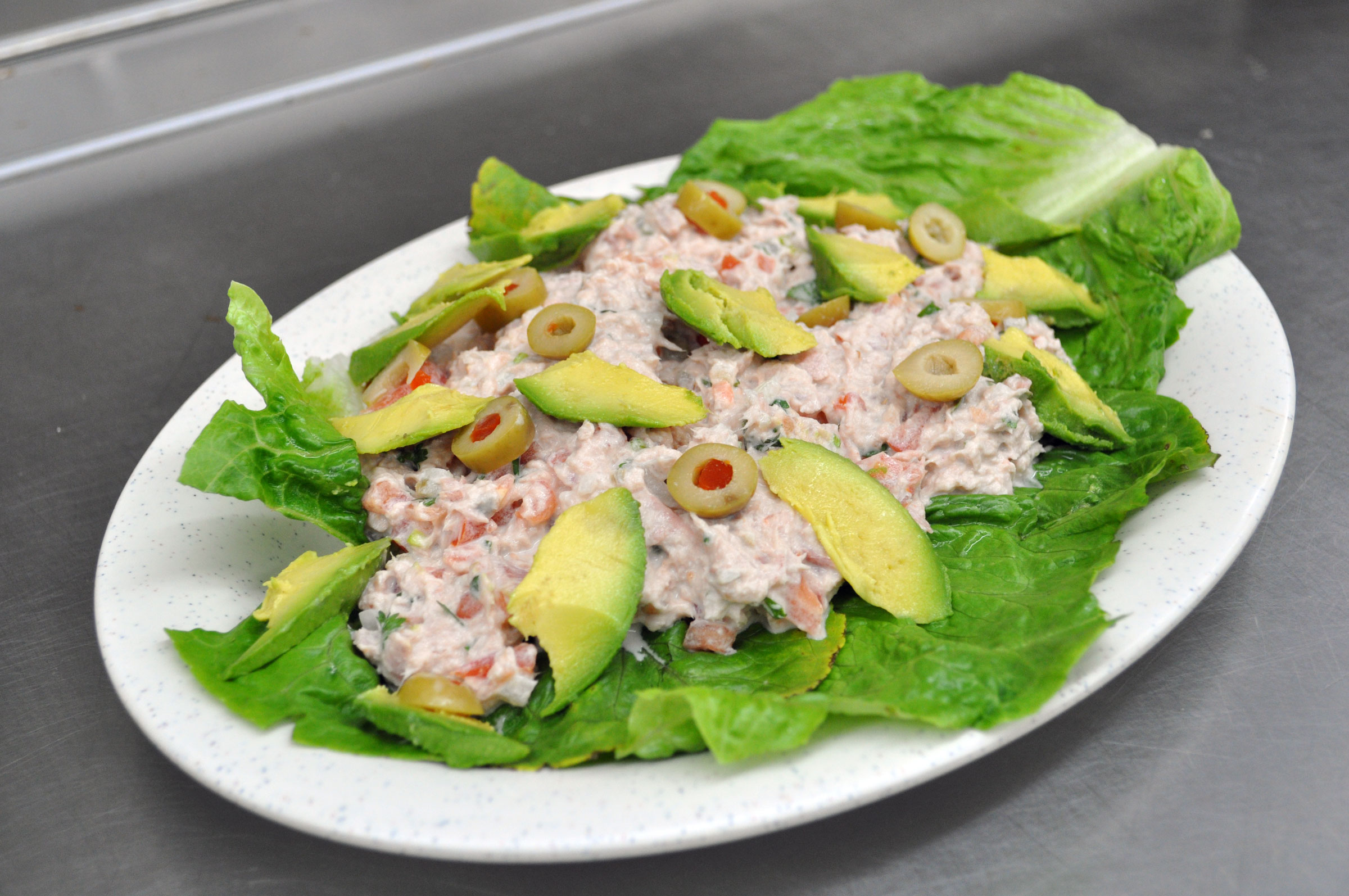 Tampio-web-menu-tuna-salad.jpg
