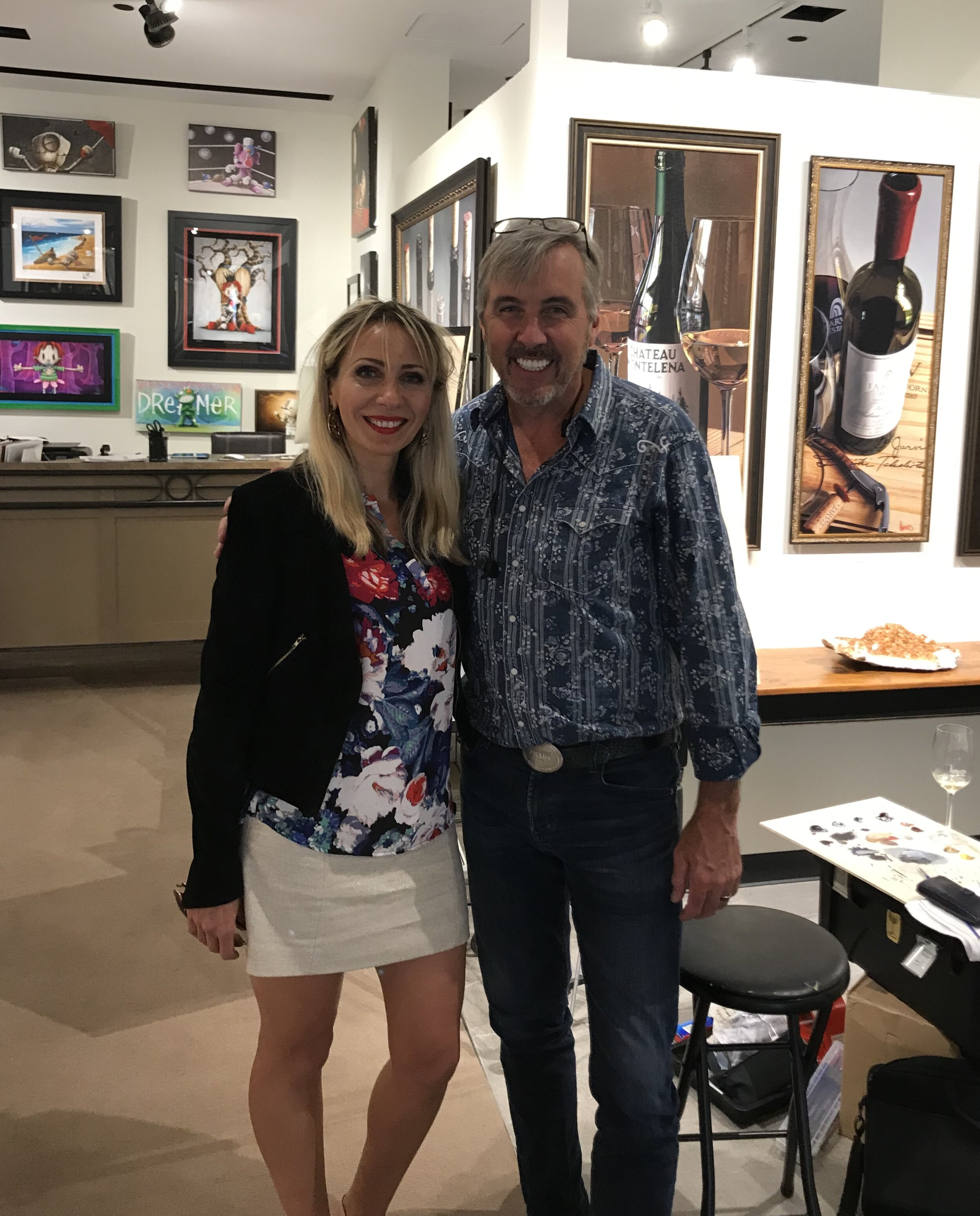 Meeting the legend! Art & Wine are two my favorite things!