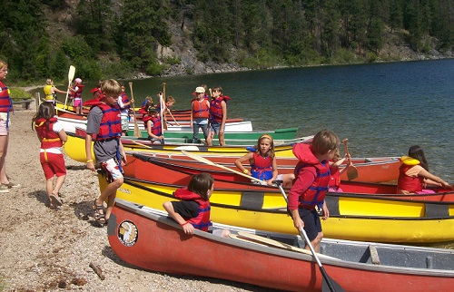 canoeing at camp owaissi