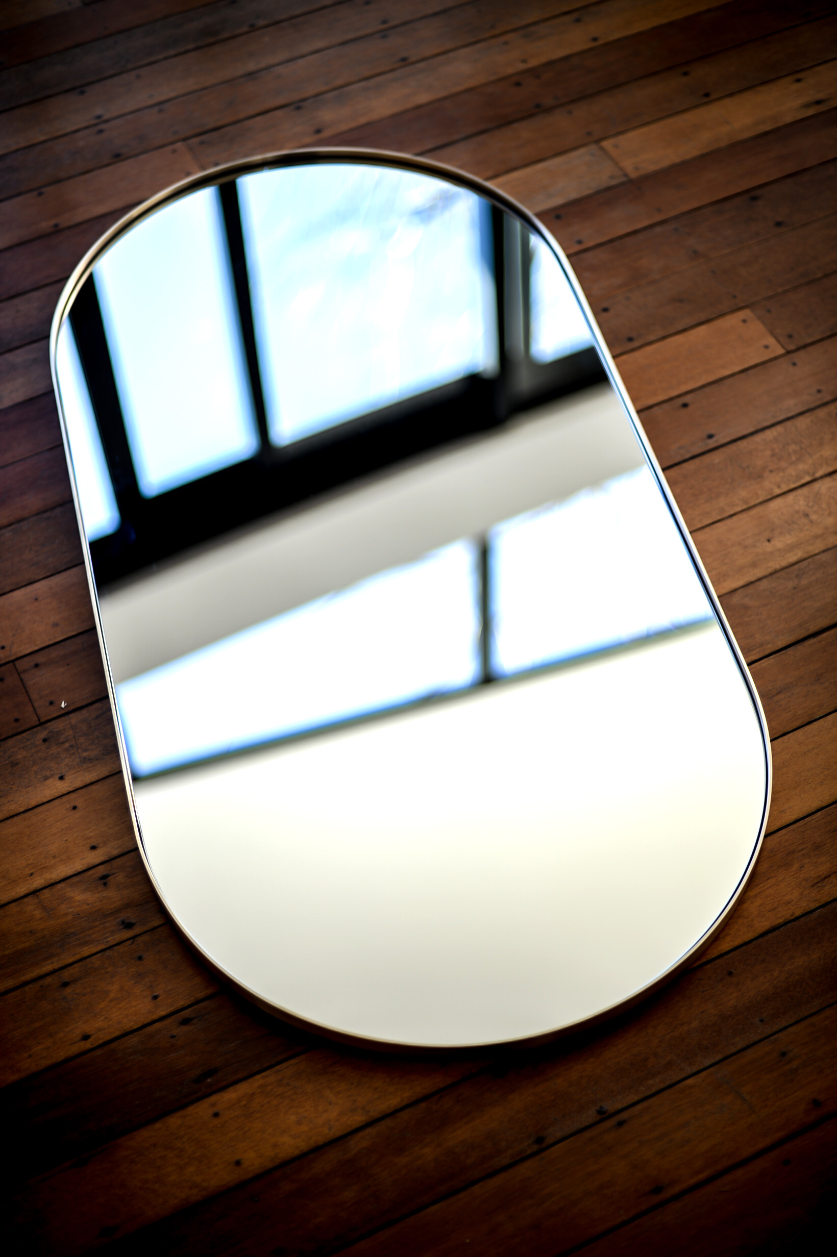 Oval floor.jpg
