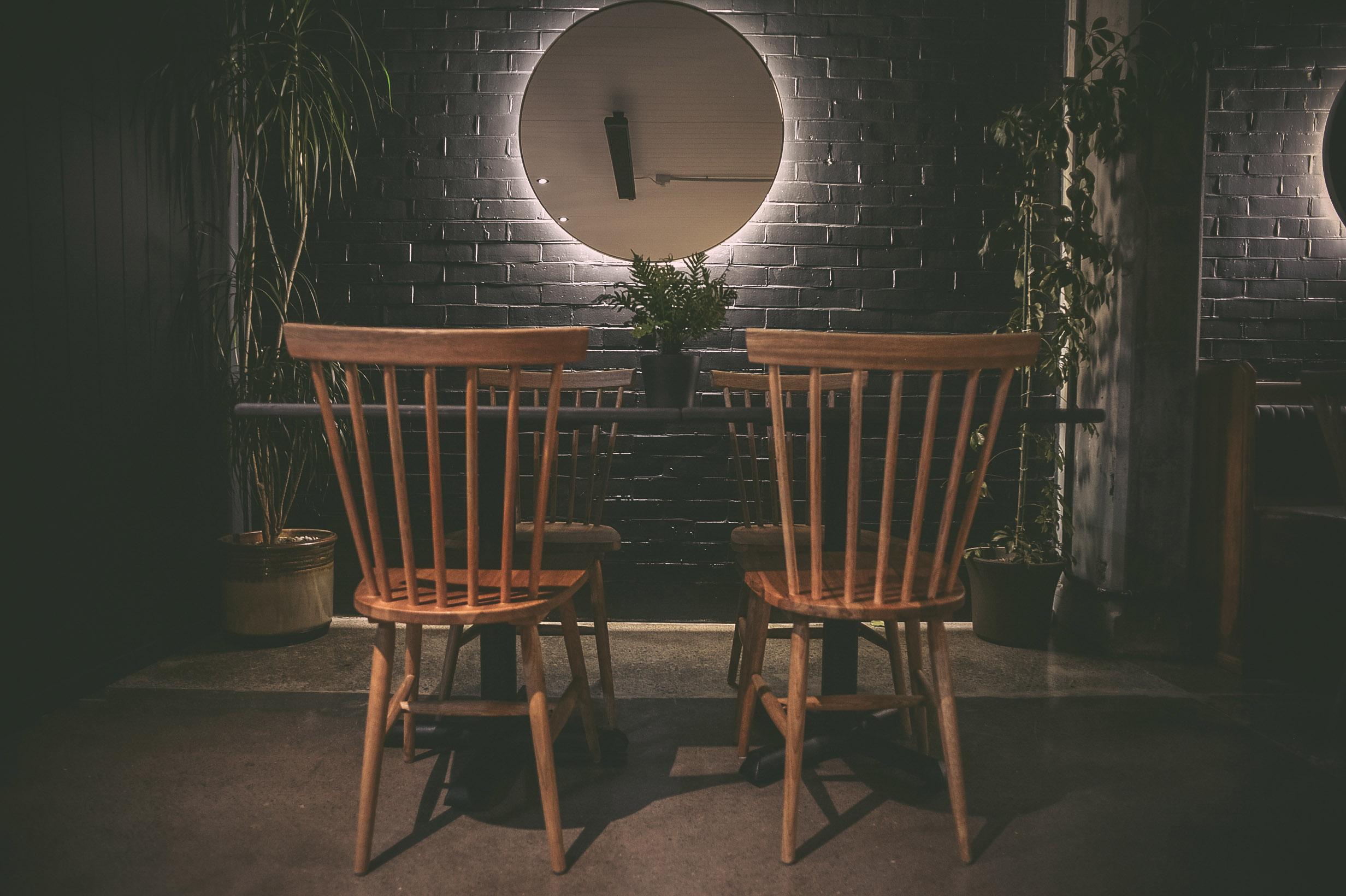 chairs mirror.jpg