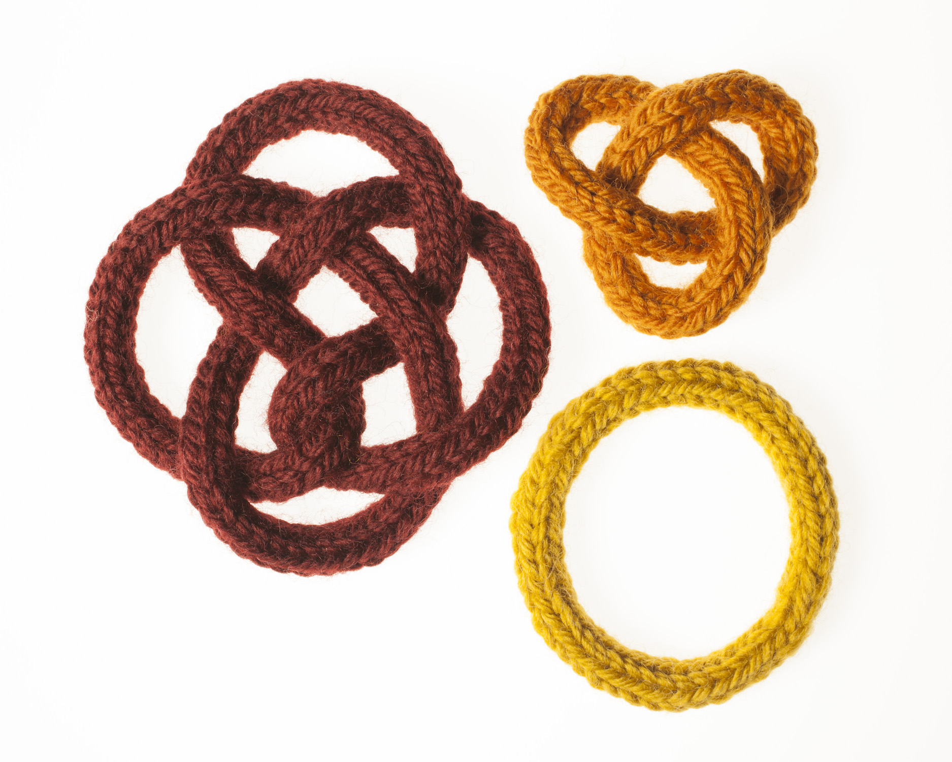 French-knitted knots