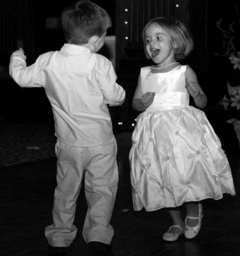 kids_dancing.jpg
