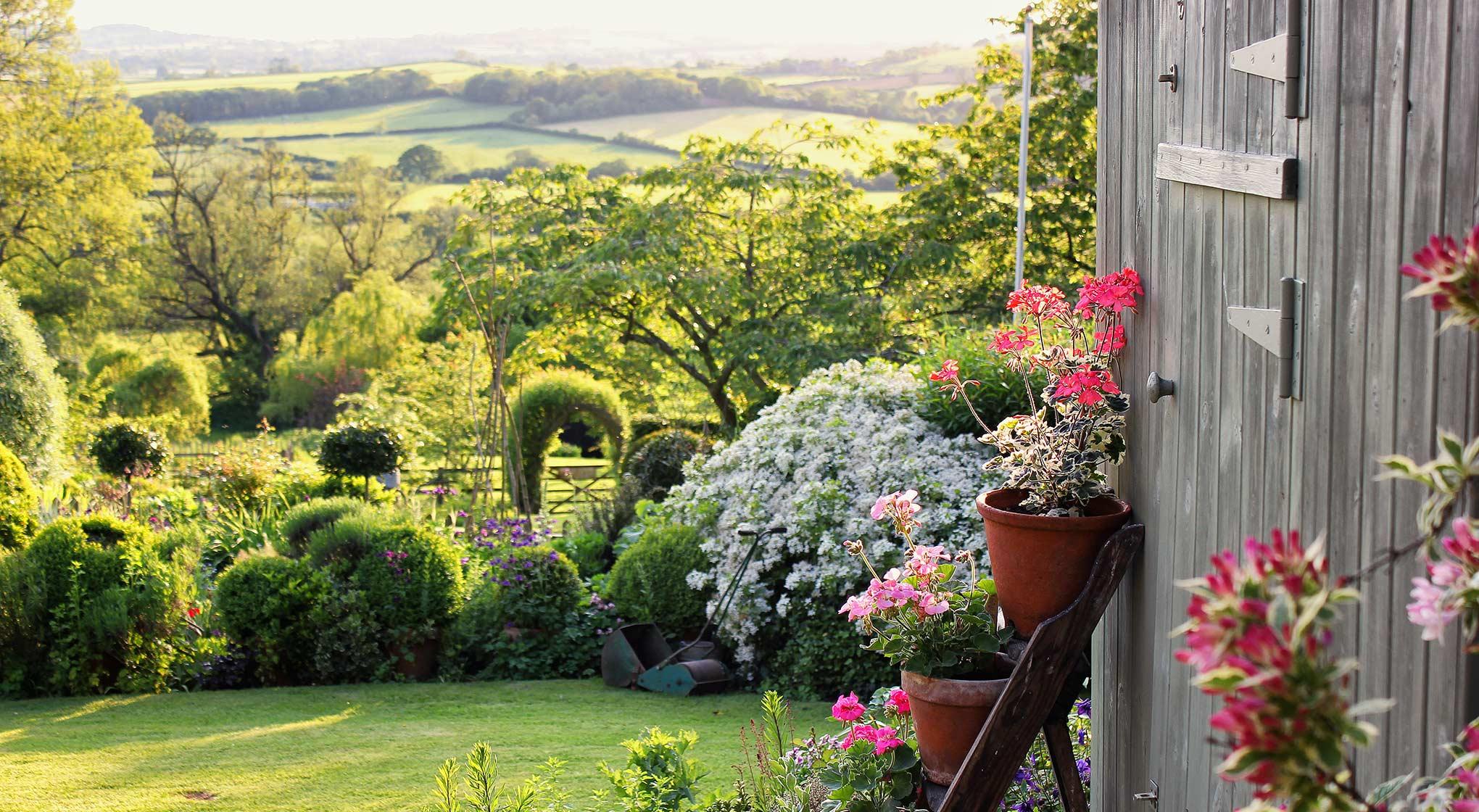 Exterior-Garden and valley.jpg