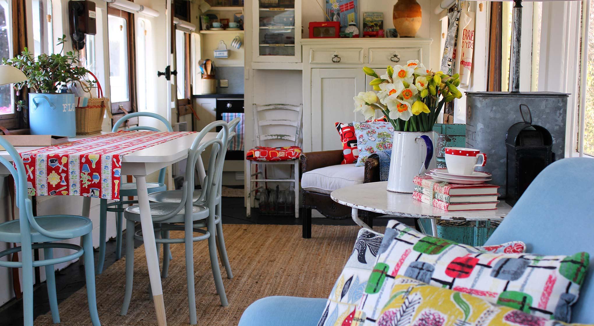 Interior-Carriage towards kitchen.jpg