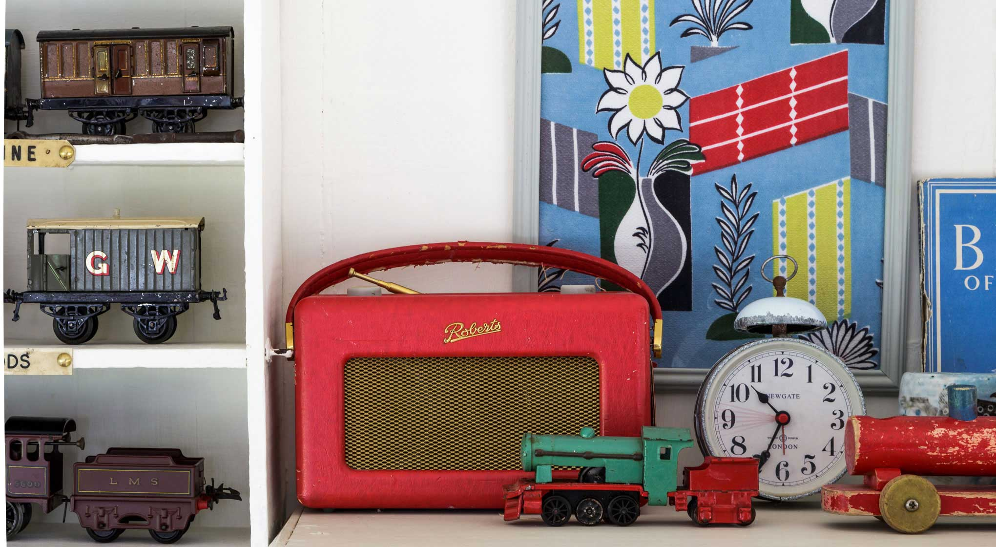 Carriage-Detail-Radio-and-Trains.jpg