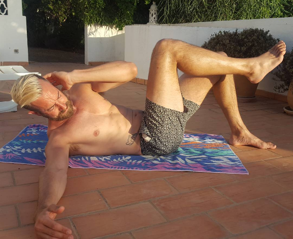 After a few gentle laps in the pool Matt tends to work on this abs of steel. Show off.