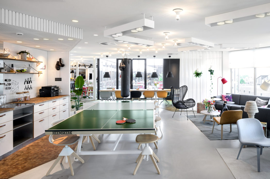 Welcome to Zoku Amsterdam. This place has it all. Views of the city, beautiful interiors and ping pong.