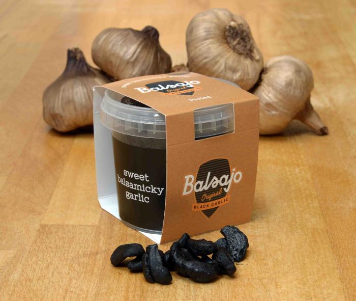 Balsajo-Black-Garlic-peeled.jpg