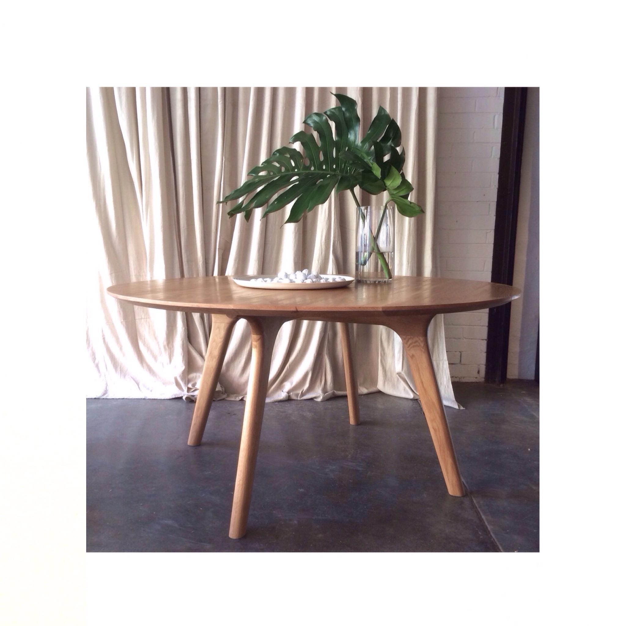 earl_pinto_melbourne_furniture_store_designer_table.JPG