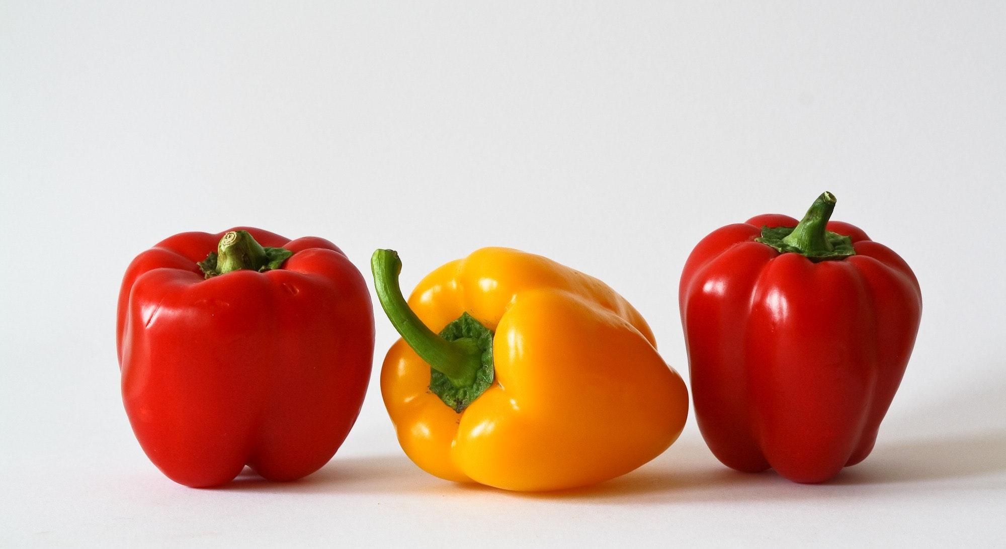 bell-peppers-food-fruits-57426.jpg
