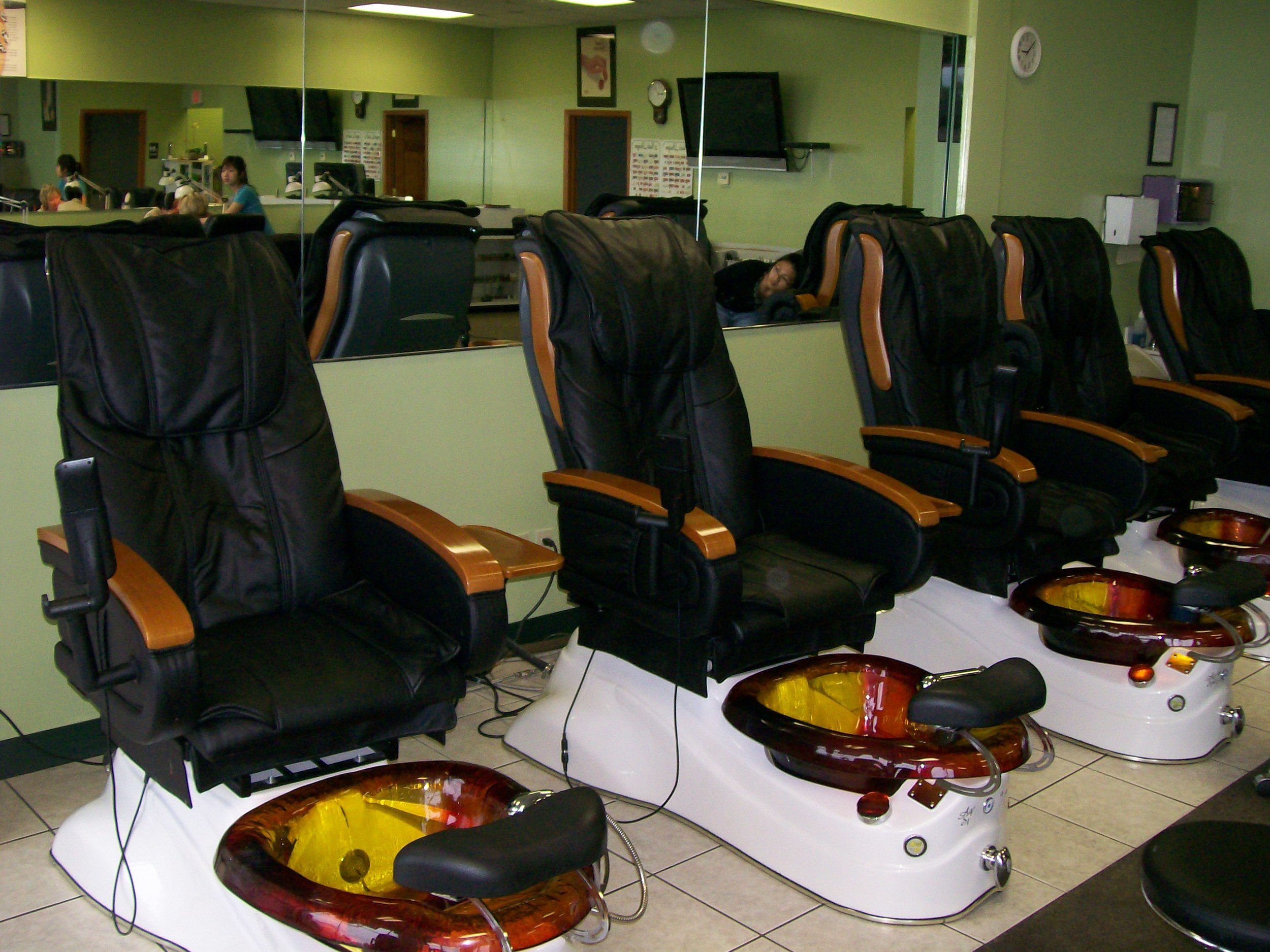 Current bldg equipment 001.jpg