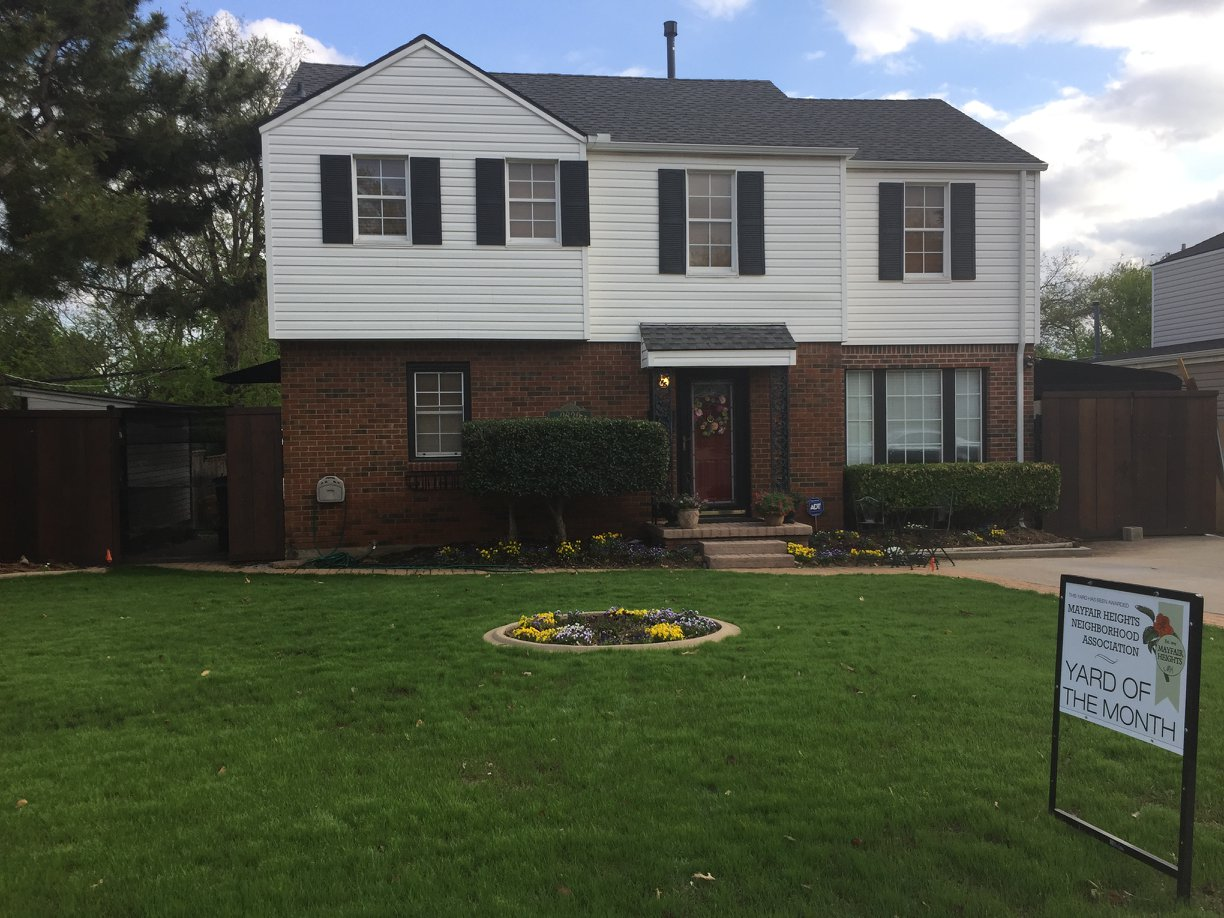 April 2018 YOTM - We chose our April YOTM Winner and it is The Dorr family at 2820 NW 43rd St. We love the circular flower bed, the nicely trimmed hedges, and array of hanging baskets. Nice work, Dorr Family.