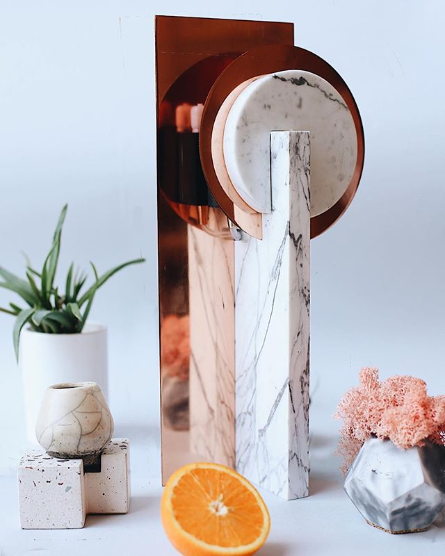 Easy Money table lamp in a photoshoot by @vsi.svoi.store.34  Thank you! . #tablelamps #lightfixture #lightingdesigner #lightingideas #minimalisticdesign #luxurylighting #productdesigner