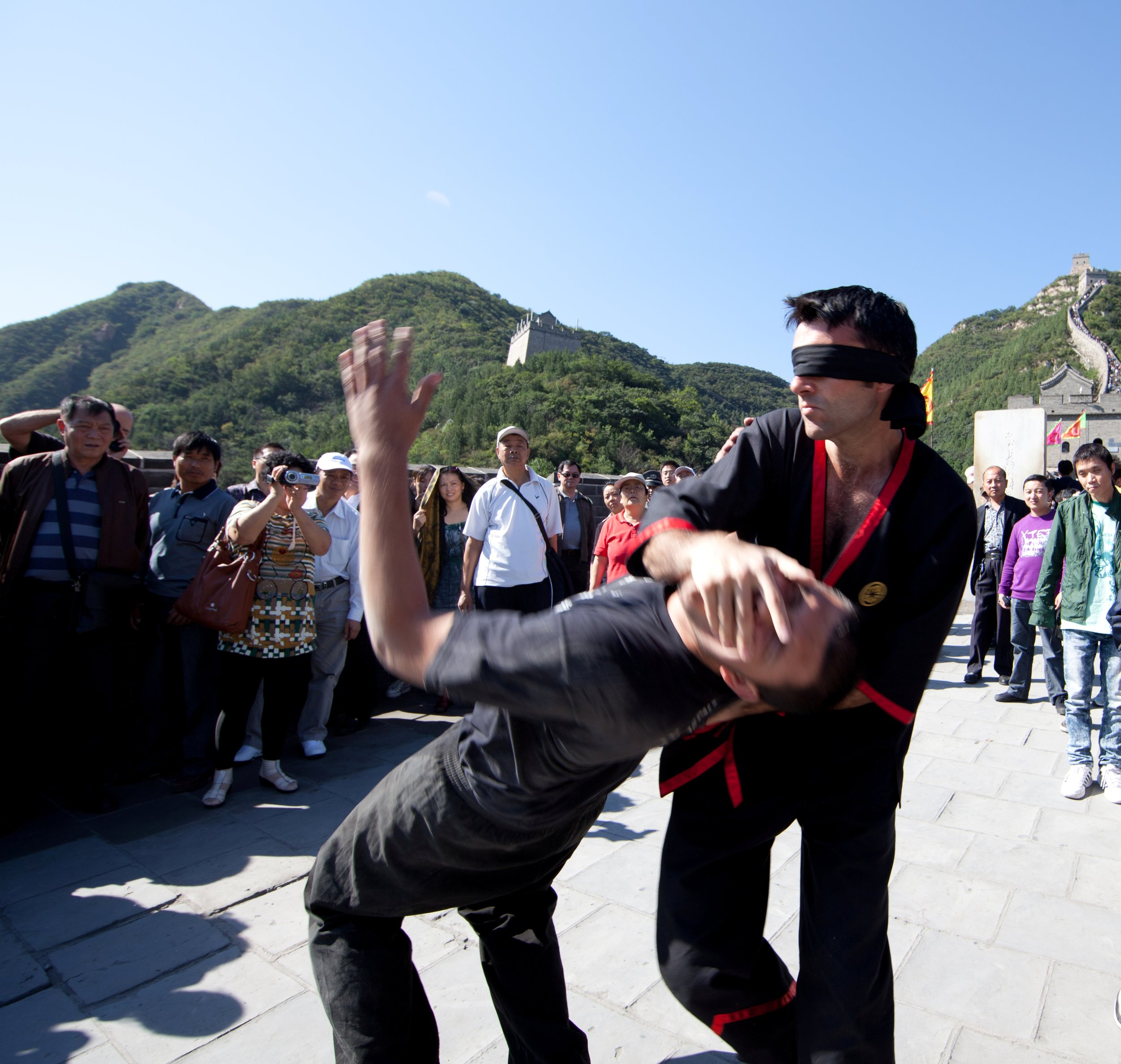 Si-Fu Julian Hitch blindfolded on Great Wall.jpg