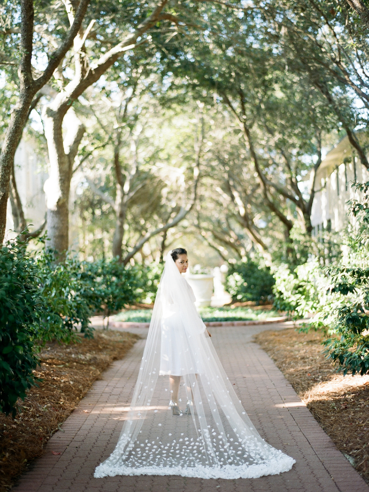 Floral Veil | West Palm Beach Wedding Photographer  Shannon Griffin_0046.jpg