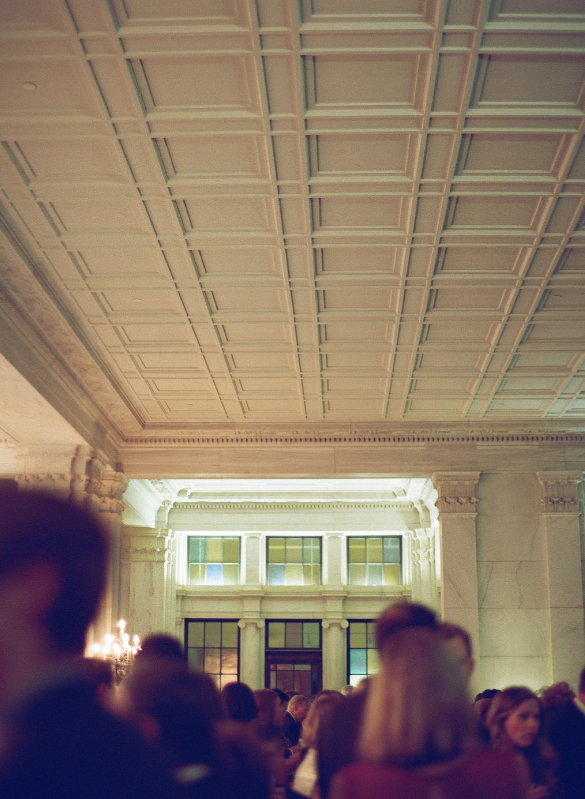 atrium at curtis center wedding photographer philadelphia wedding photographer shannon griffin_0061.jpg