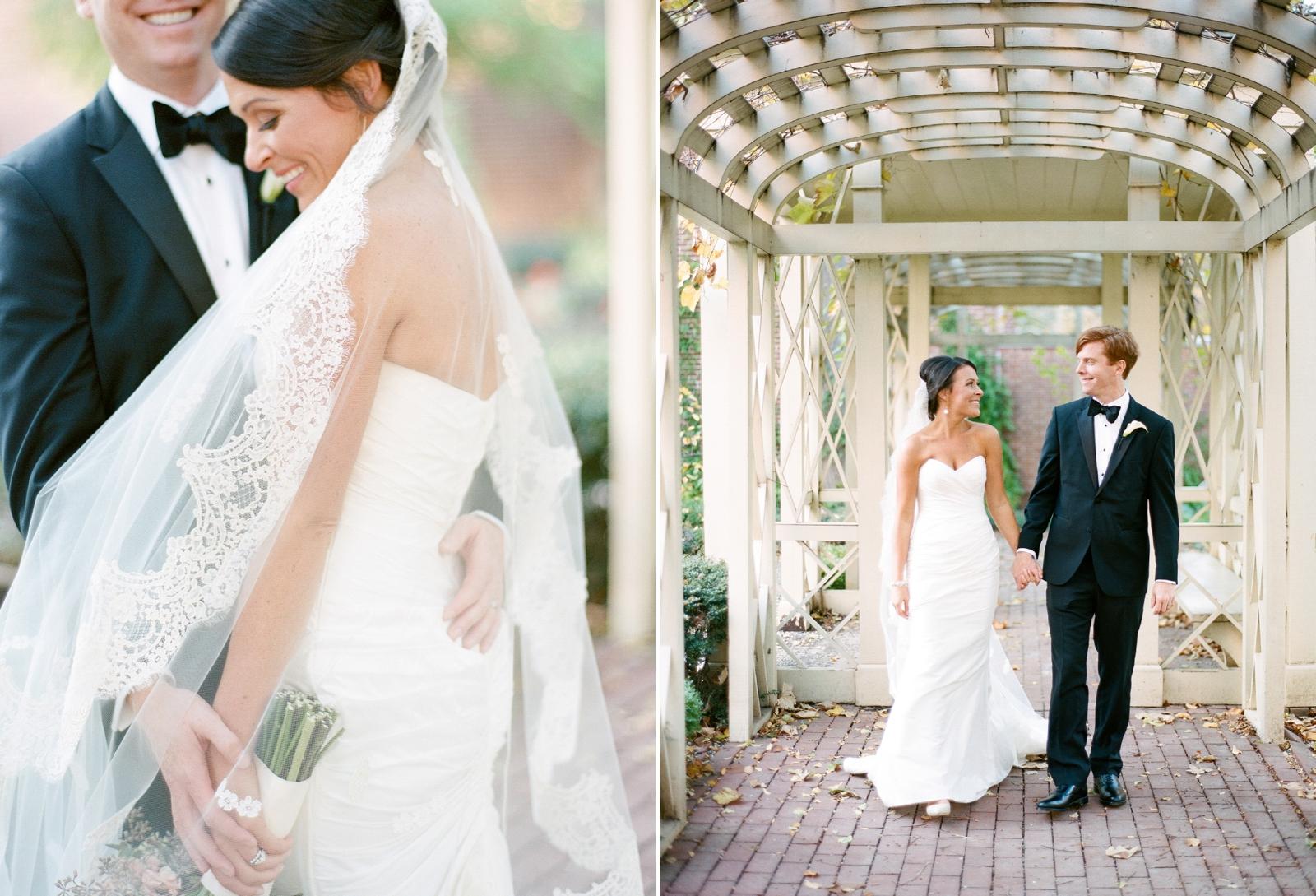 atrium at curtis center wedding photographer philadelphia wedding photographer shannon griffin_0069.jpg