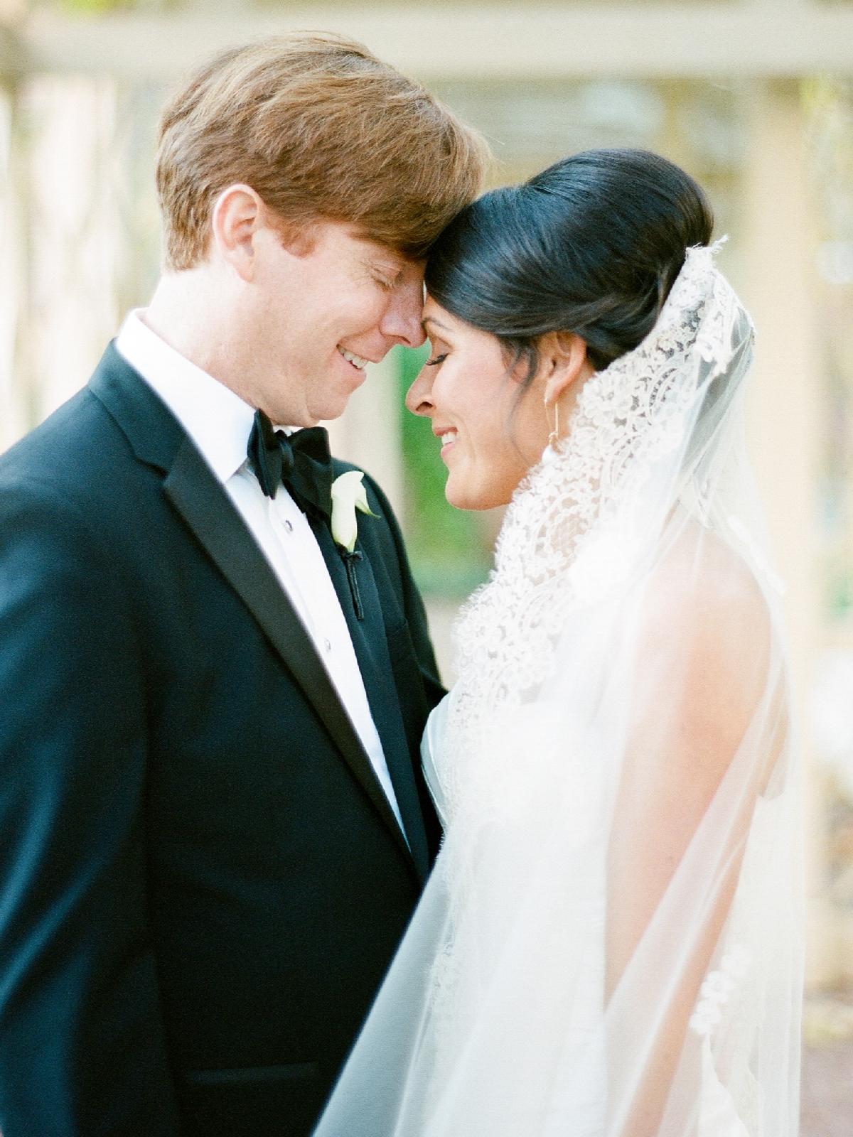 atrium at curtis center wedding photographer philadelphia wedding photographer shannon griffin_0076.jpg