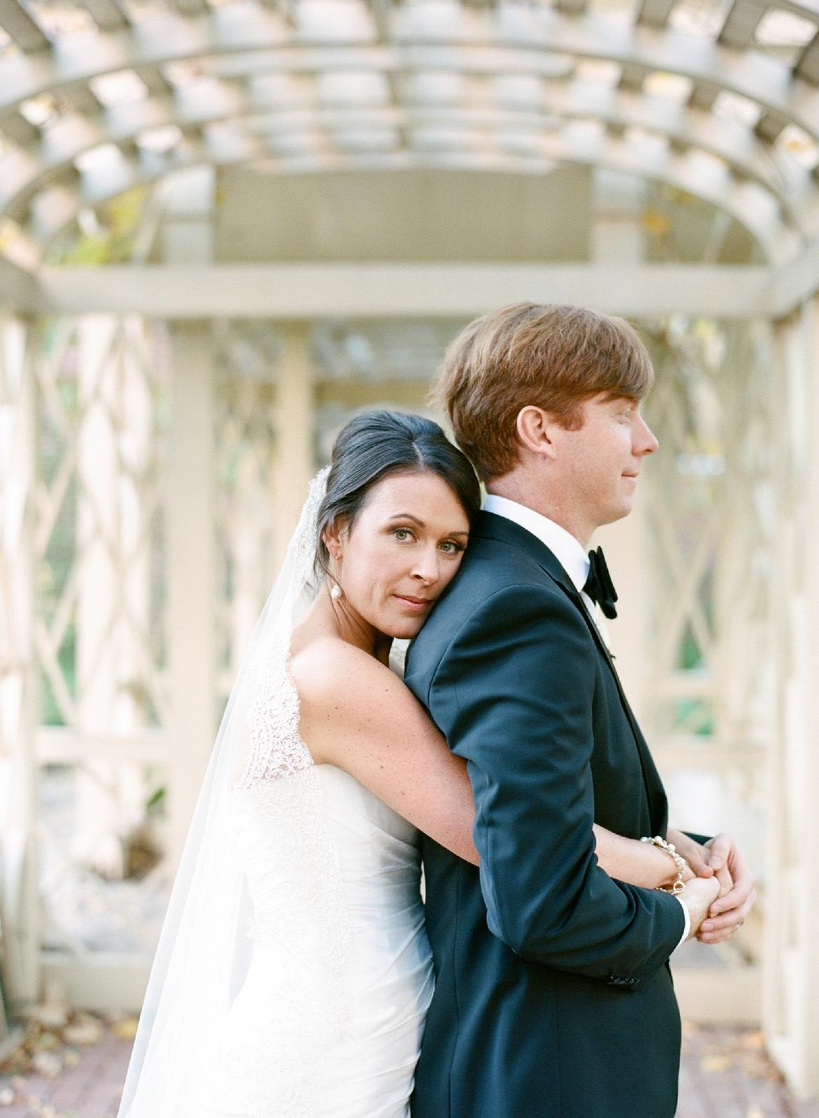 atrium at curtis center wedding photographer philadelphia wedding photographer shannon griffin_0079.jpg