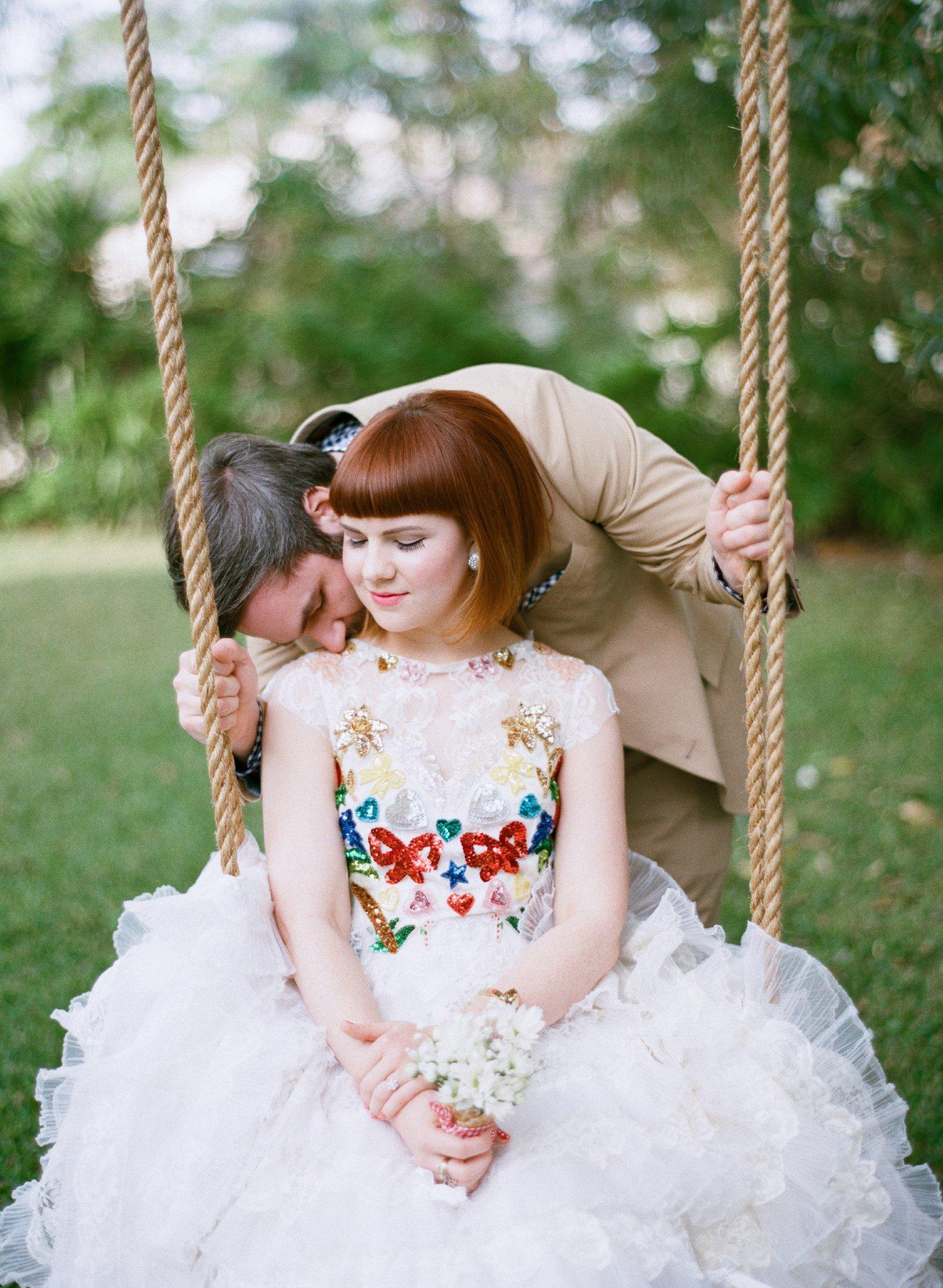 eclectic texan wedding the connoisseur of cute wedding texas wedding photographer shannon griffin photography_0030.jpg