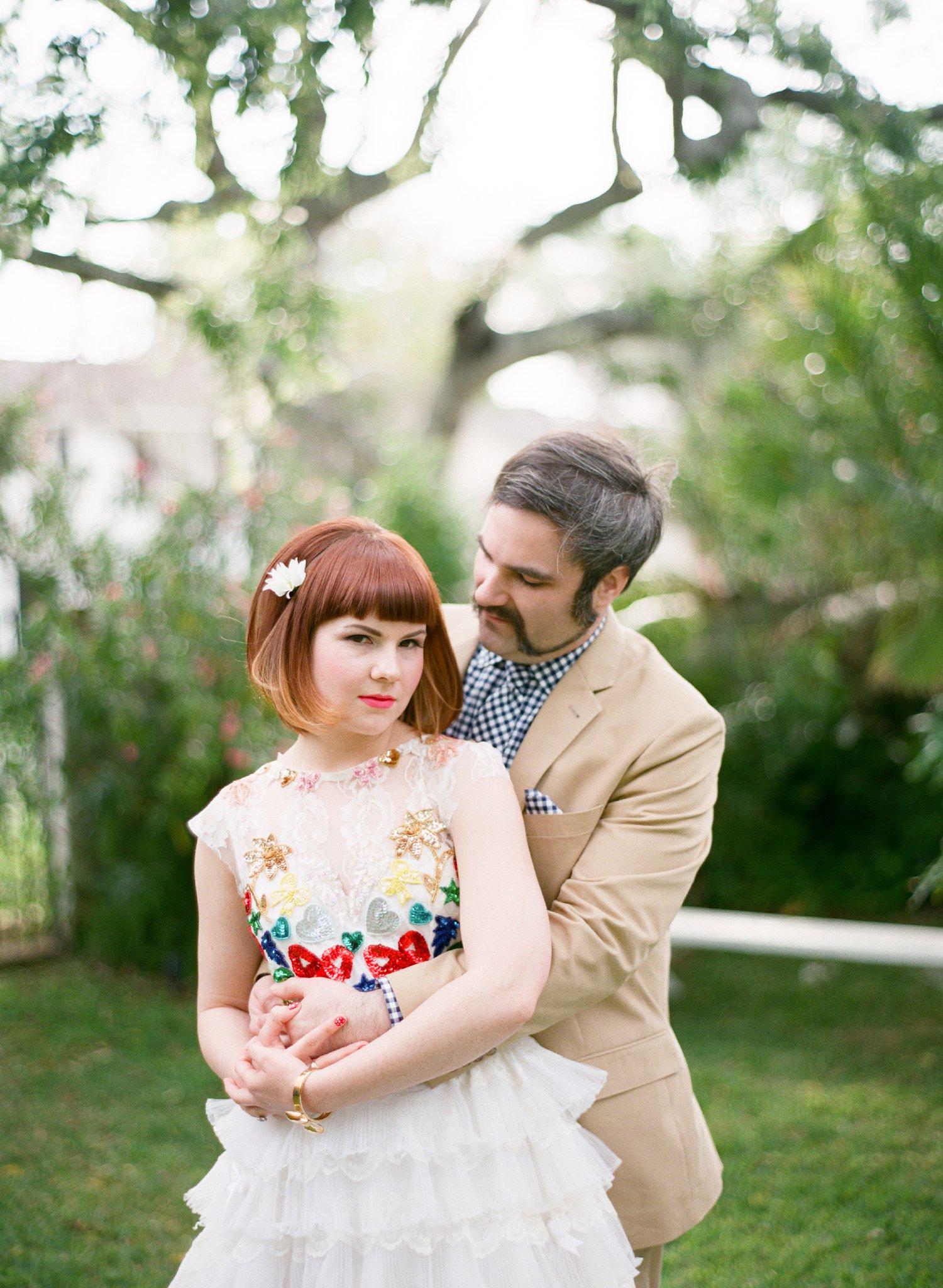 eclectic texan wedding the connoisseur of cute wedding texas wedding photographer shannon griffin photography_0032.jpg