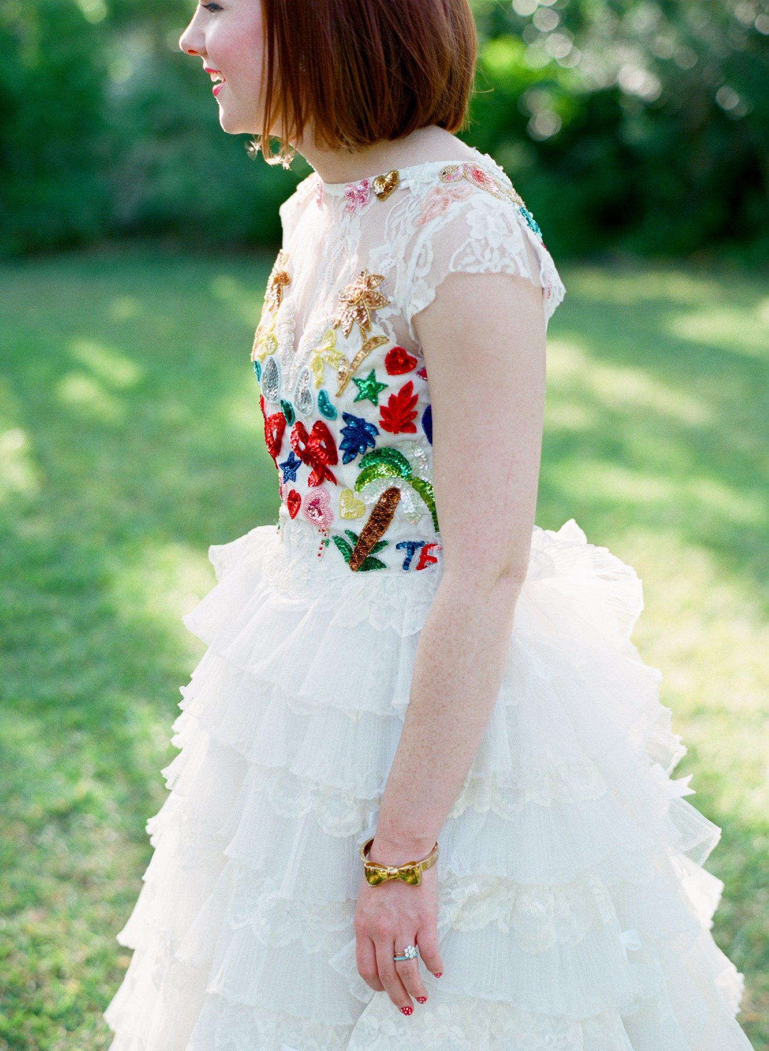 eclectic texan wedding the connoisseur of cute wedding texas wedding photographer shannon griffin photography_0044.jpg