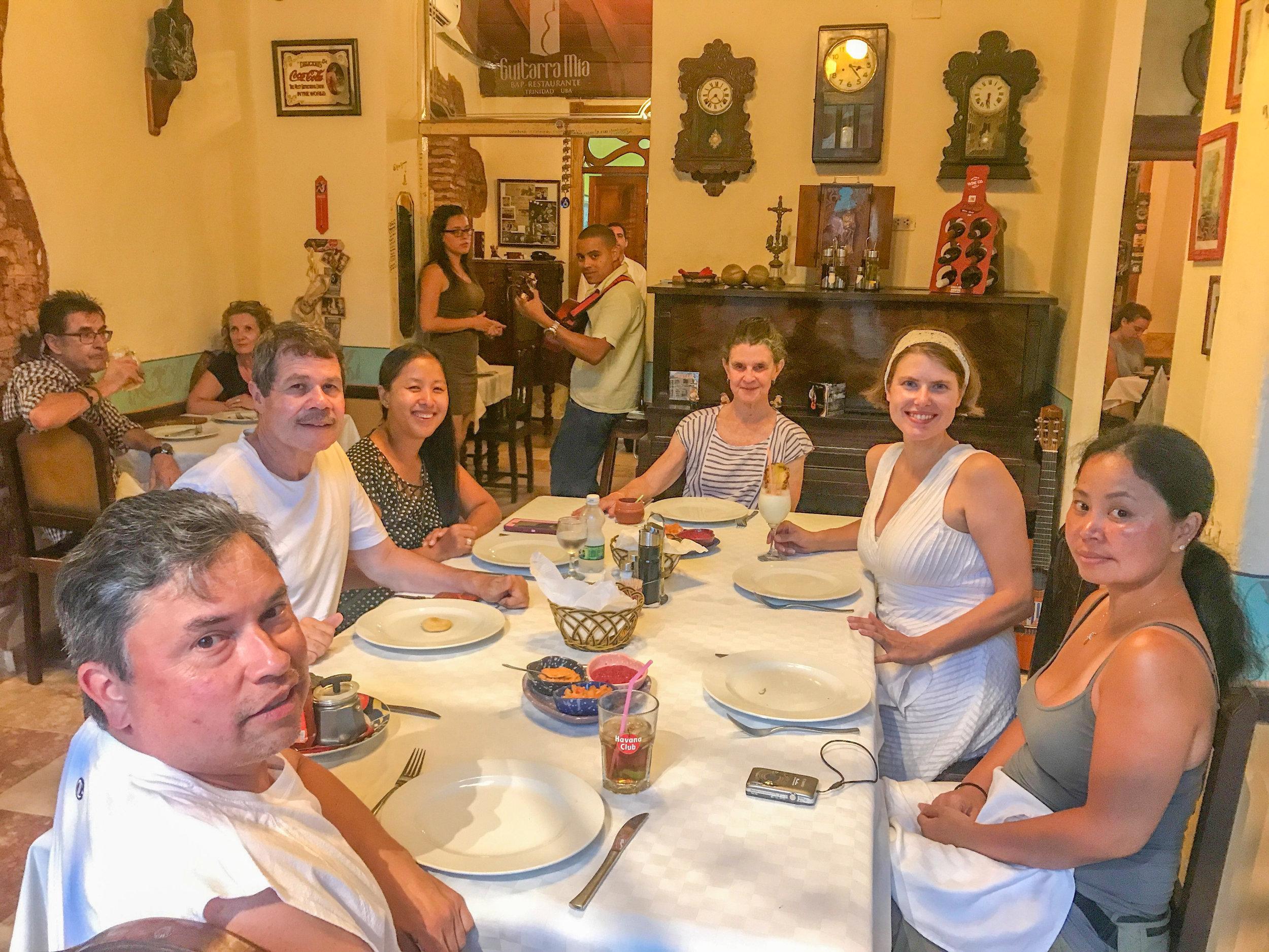 Vegan-friendly group dinner in Trinidad