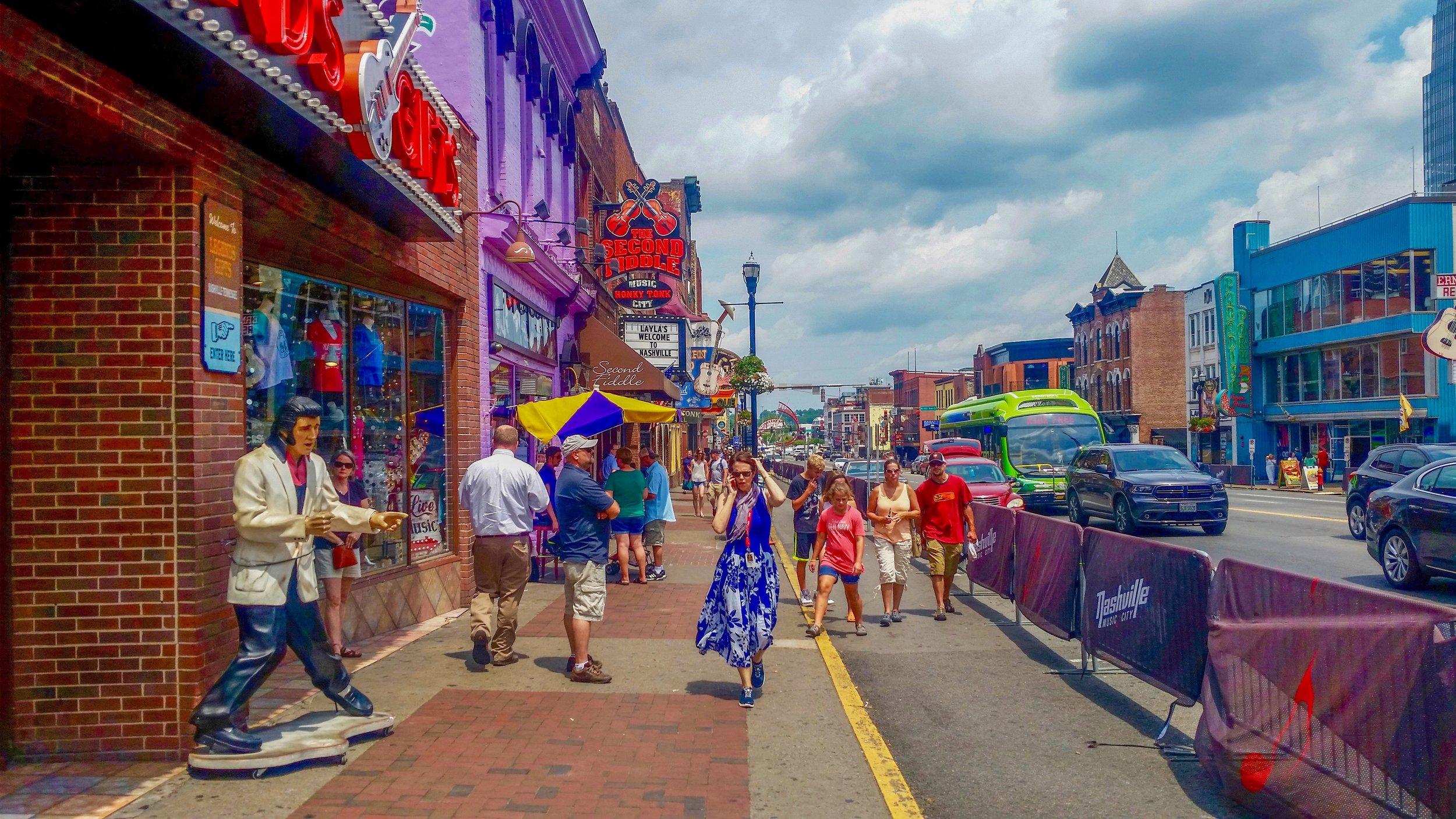 Broadway, Nashville's main drag