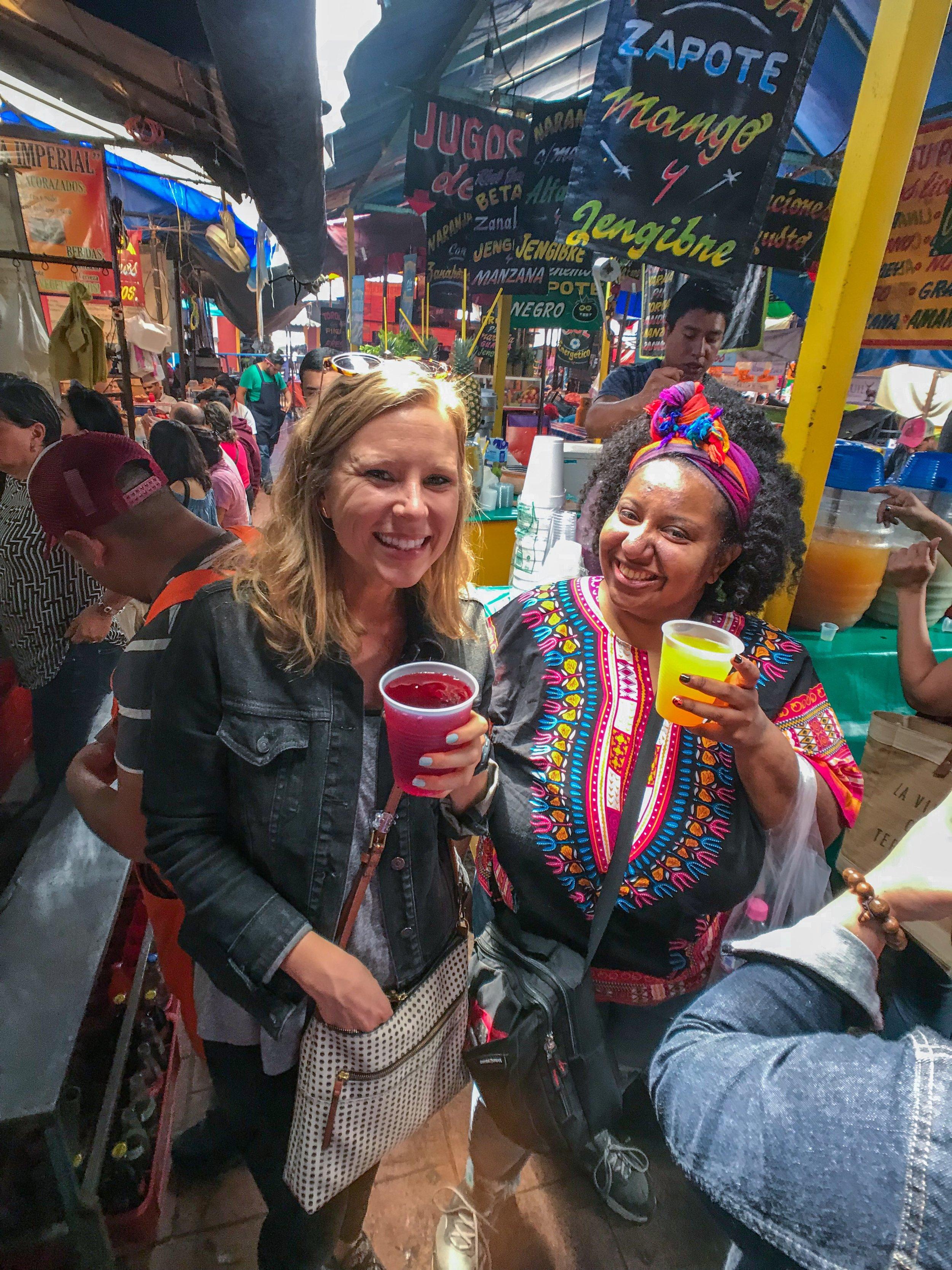 Food & drink market walking tour