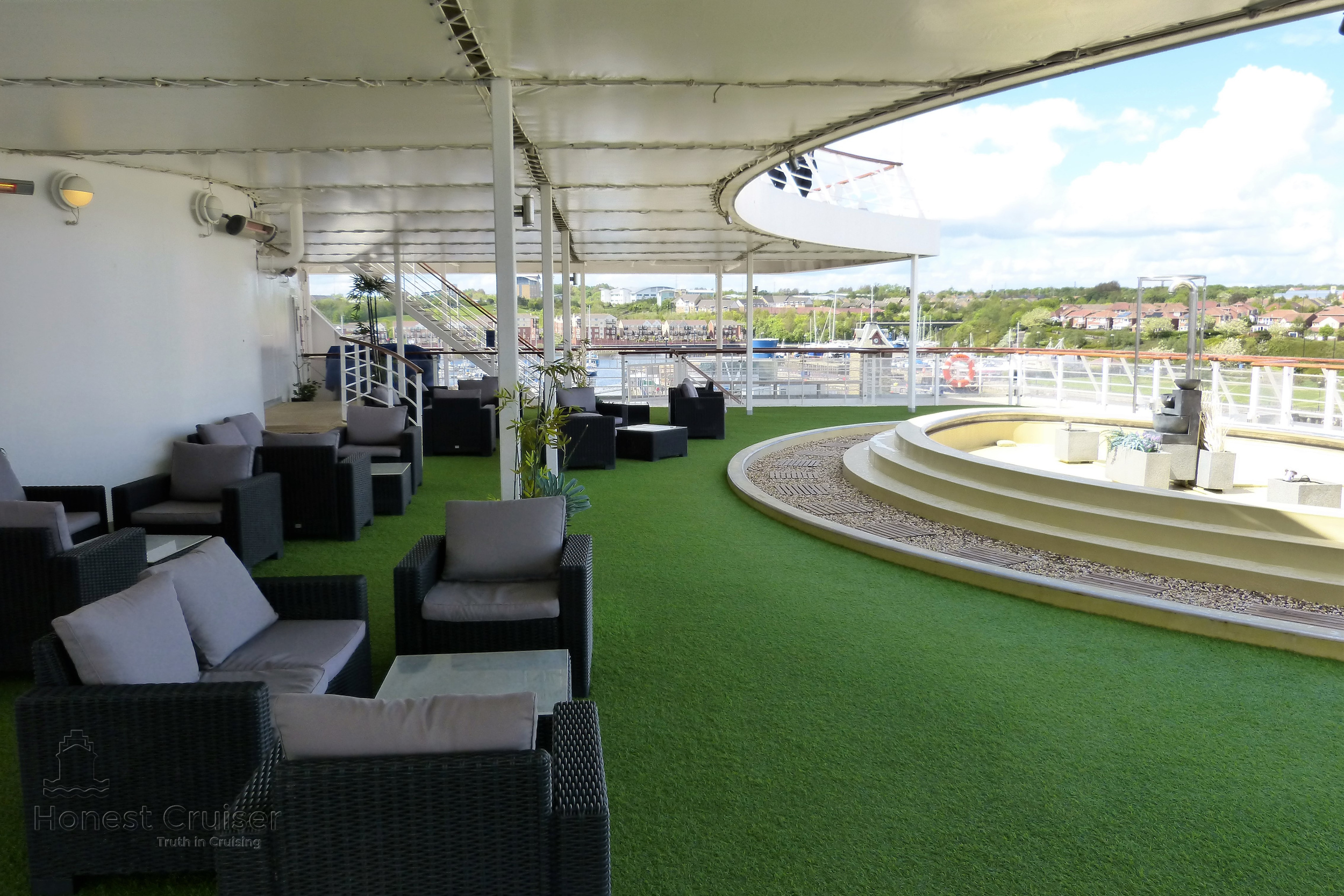 The Sun Terrace is located aft on deck 9.