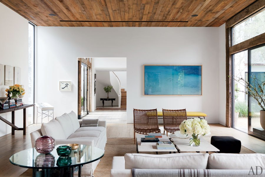 The Los Angeles home of  Jenni Kayne . Photo by  Roger Davies for Architectural Digest .