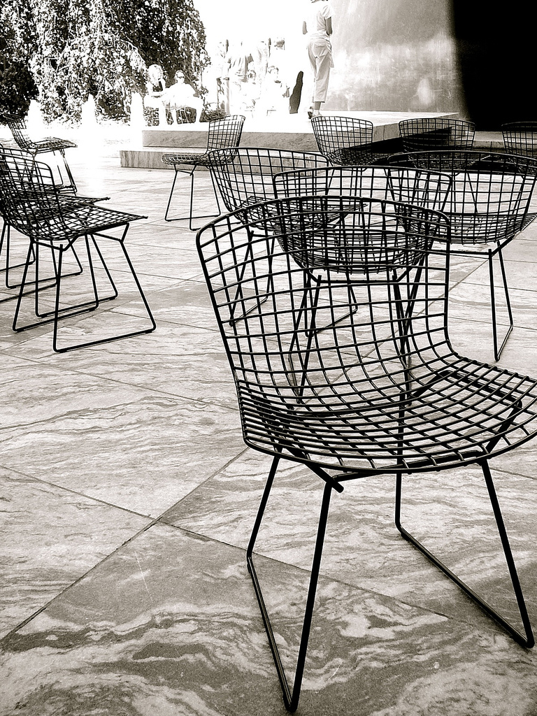 Bertoia side chairs in the courtyard at the MoMA