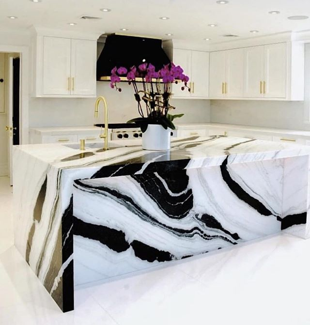 What do you think about this island? Too much or just right? I'm all for people leaving with kitchen envy/something to talk about. With a simple white kitchen, I think @kensingtonhomedesigns nailed it. #kitchendecor #kitchendesign #kitchenisland #bebold #blackandwhitekitchen #kitchenenvy #kitcheninspo #interiordesign #interiordesigntrends #kitchendesigntrends #realestate #realestateporn #bostonrealty #bostonrealestate #bostonrealestateagent #behappybehomebefortunate
