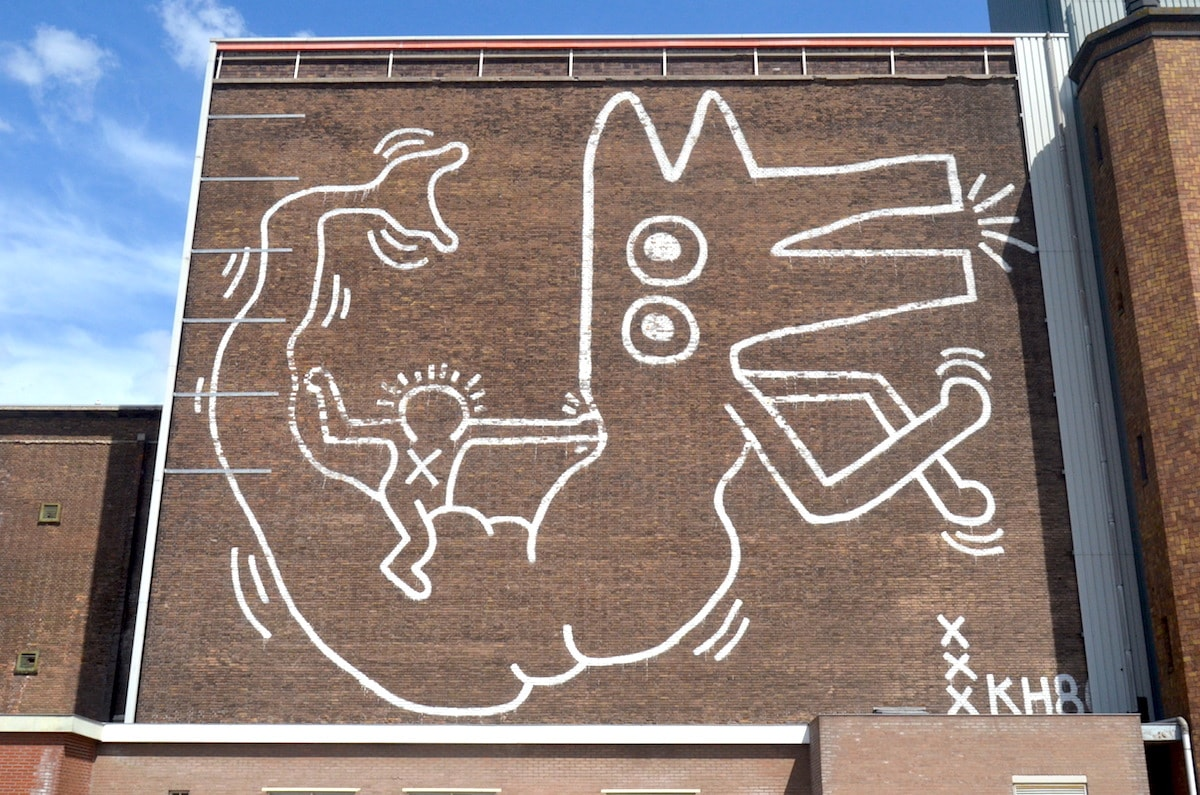 Line mural by Keith Haring (  image source  )