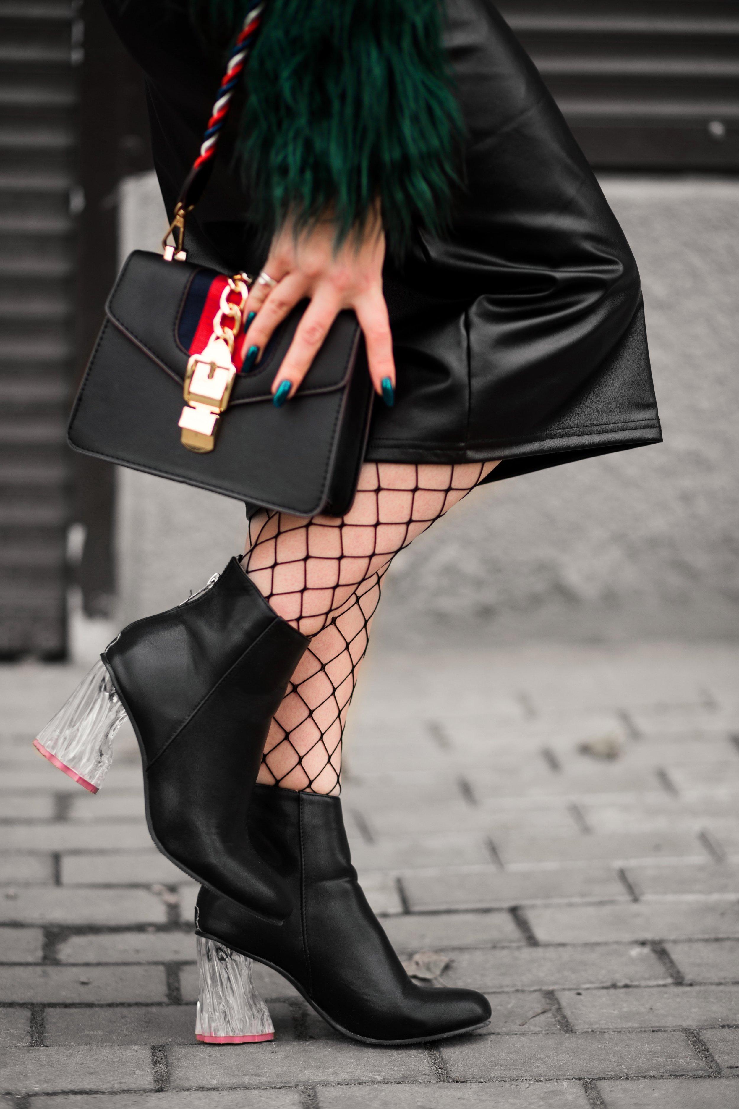 bag-close-up-contemporary-1040384.jpg