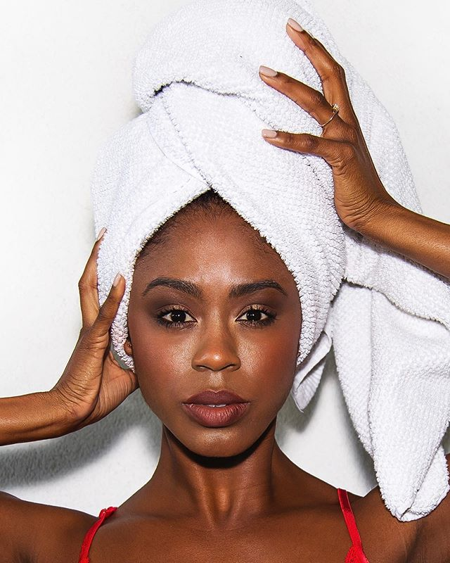 Up close and personal 💥 @lolachel #LolaChél || Tag a friend who you'd take a spa day with 🙋🏾‍♀️ below 👇🏾