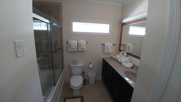Panorama Bath.jpg