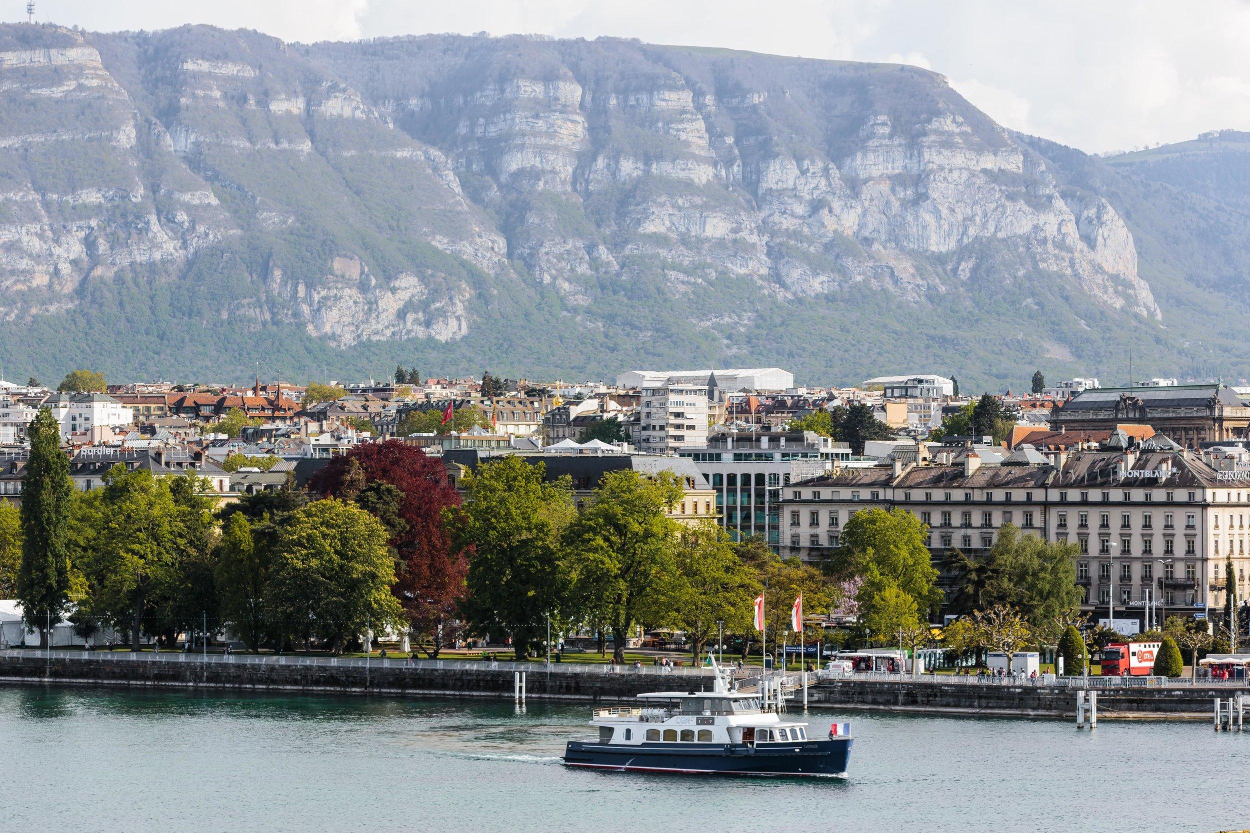 11 Things to Do in Geneva, Switzerland // #readysetjetset #geneva #switzerland #europe #travel www.readysetjetset.net
