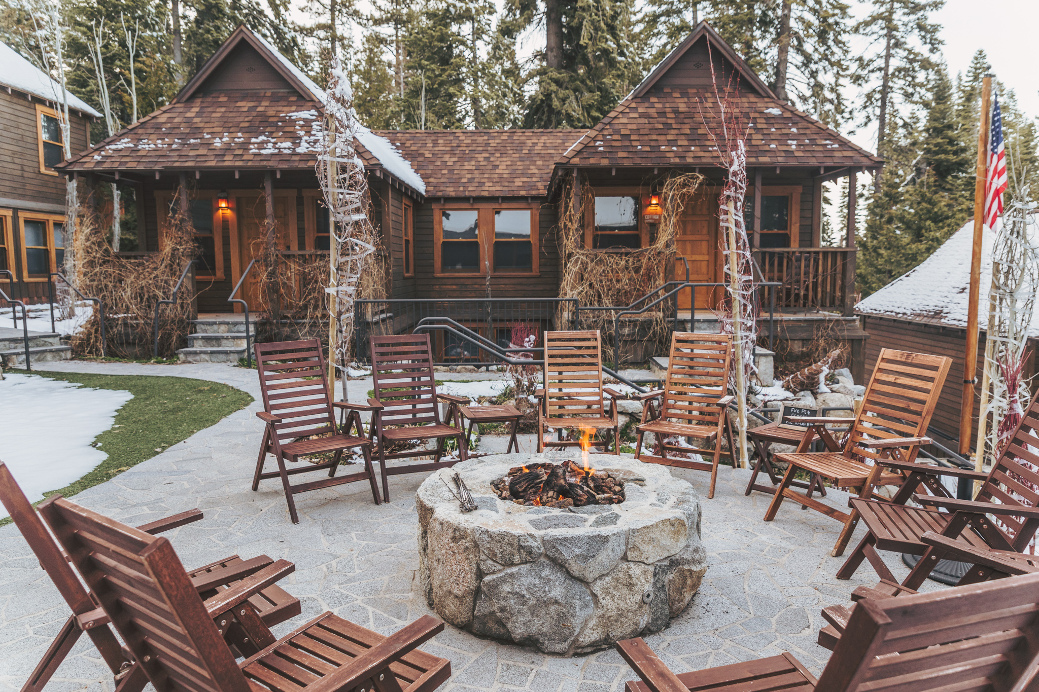 Cedar Crest Cottages in Lake Tahoe // A Quick Guide to North Lake Tahoe & Reno
