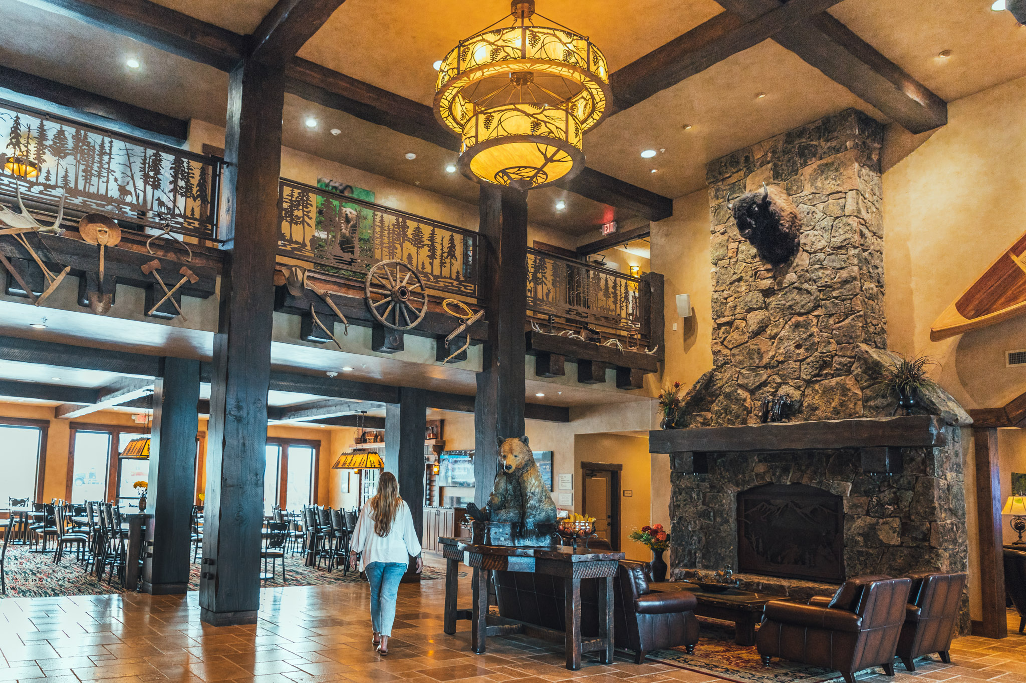 Lobby of the Country Inn and Suites by Radisson in Kalispell, Montana near Glacier National Park