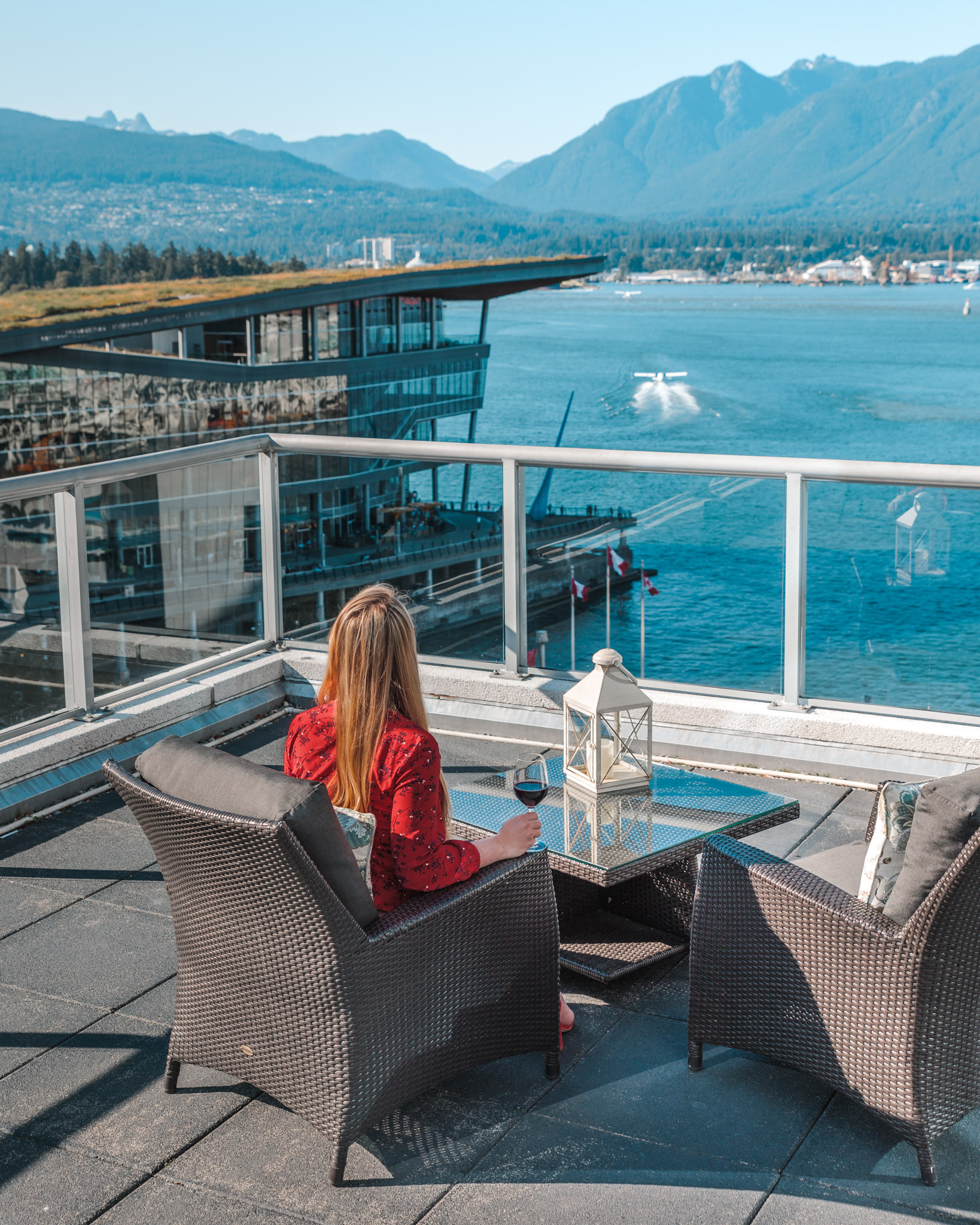 Overlooking the water from the Fairmont Gold Lounge // The Quick Guide to Visiting Vancouver, BC #readysetjetset