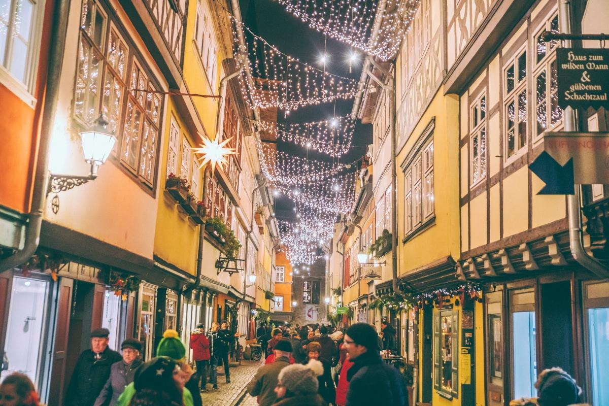 Krämerbrücke at night in Erfurt // German Christmas Markets and Beyond: A Trip to Thuringia in December