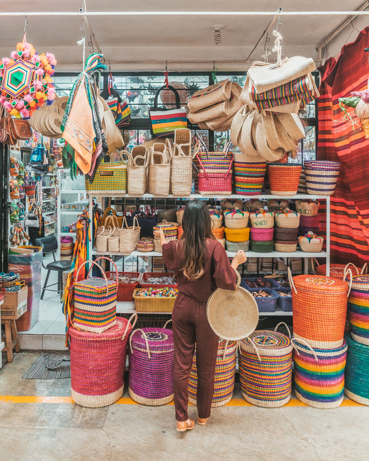 Shopping at La Ciudadela // The Most Instagrammable Spots in Mexico City #readysetjetset