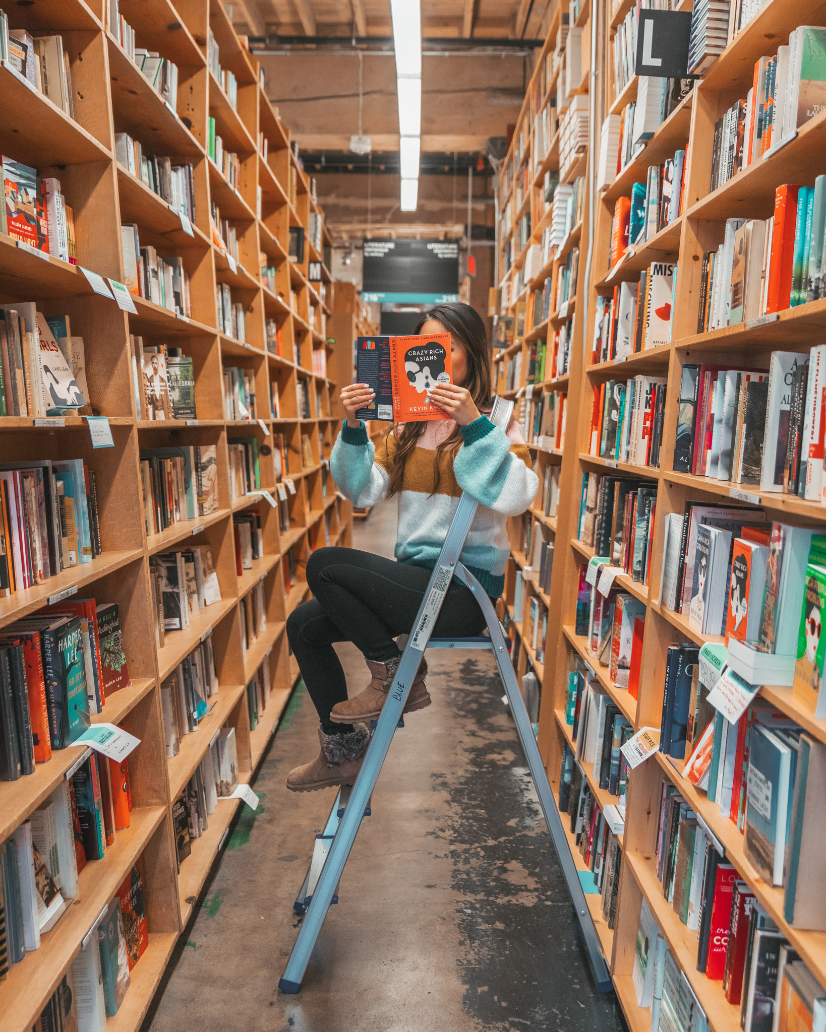 Inside Powell's Books // Checking In: The Radisson Red in Downtown Portland, Oregon #readysetjetset #pdx #portland #blogpost #travelguide